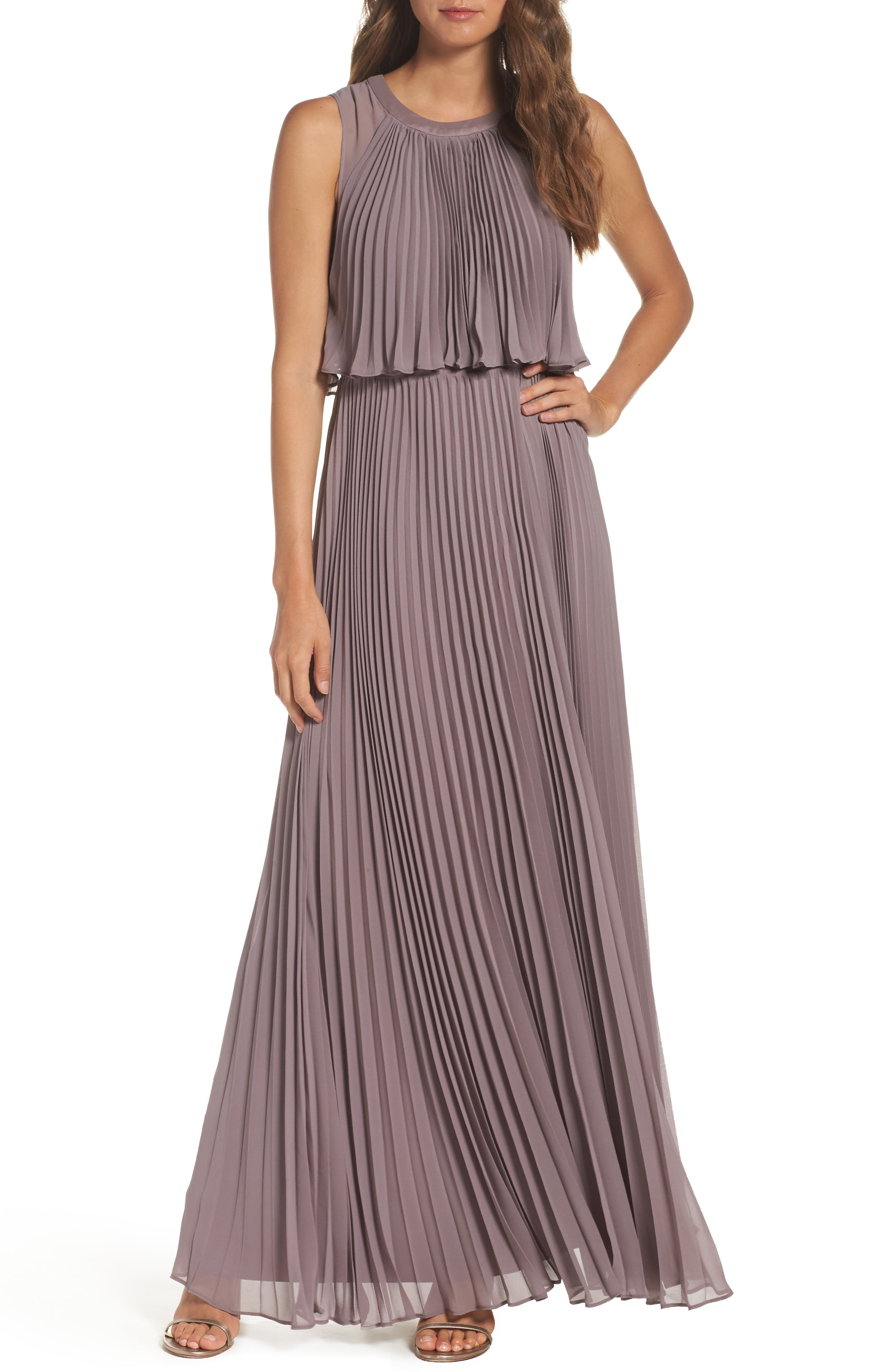 Vera Wang Pleat Chiffon Gown