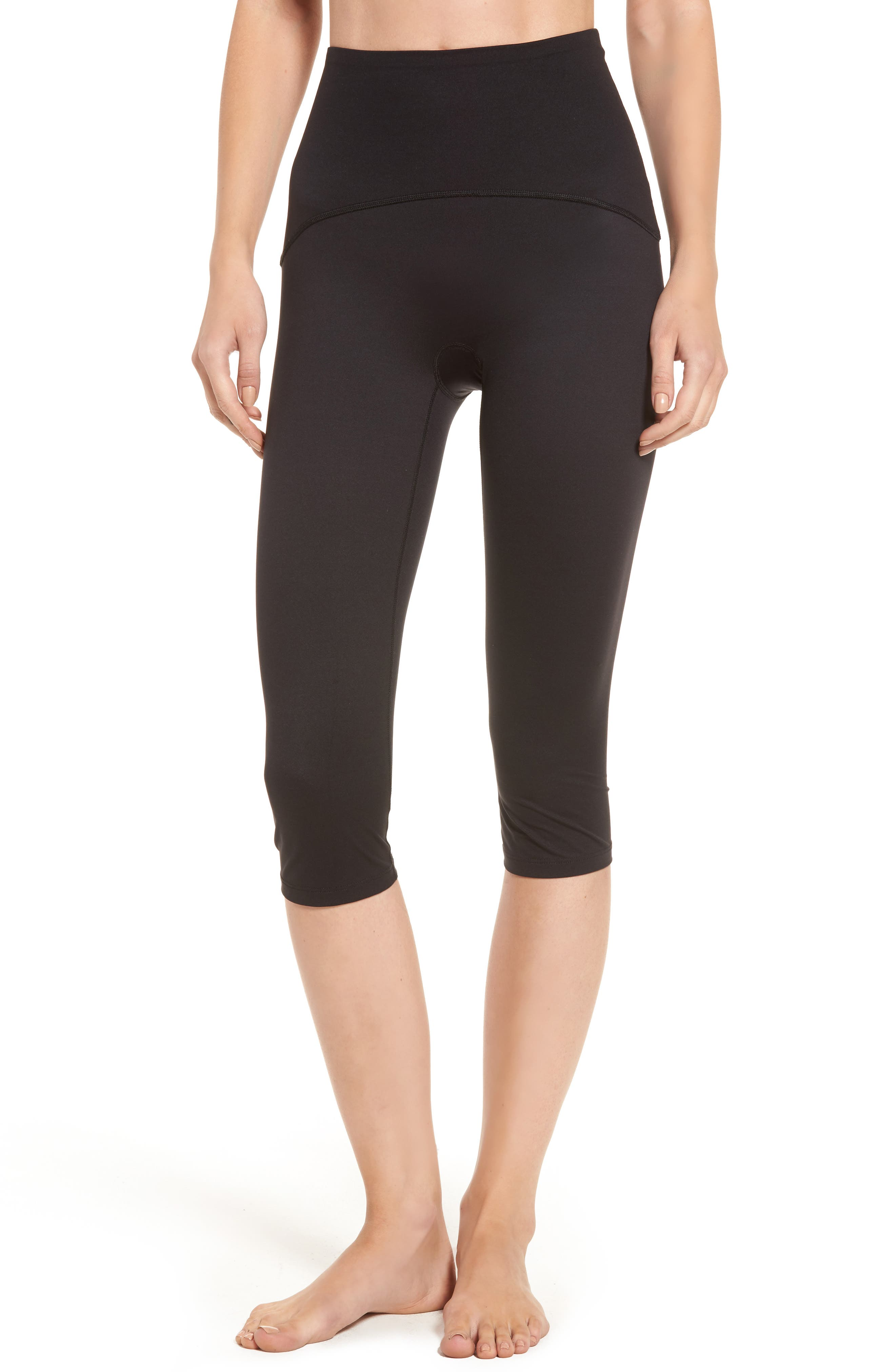 SPANX® Compression Capris