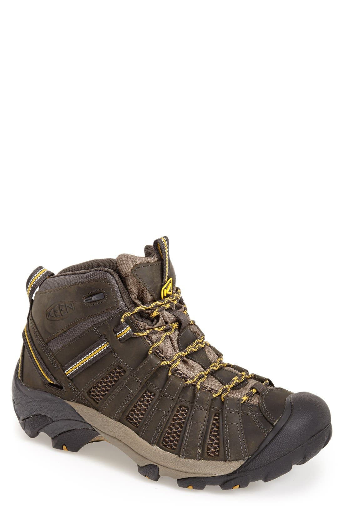Keen Voyageur Mid Hiking Boot (Men)