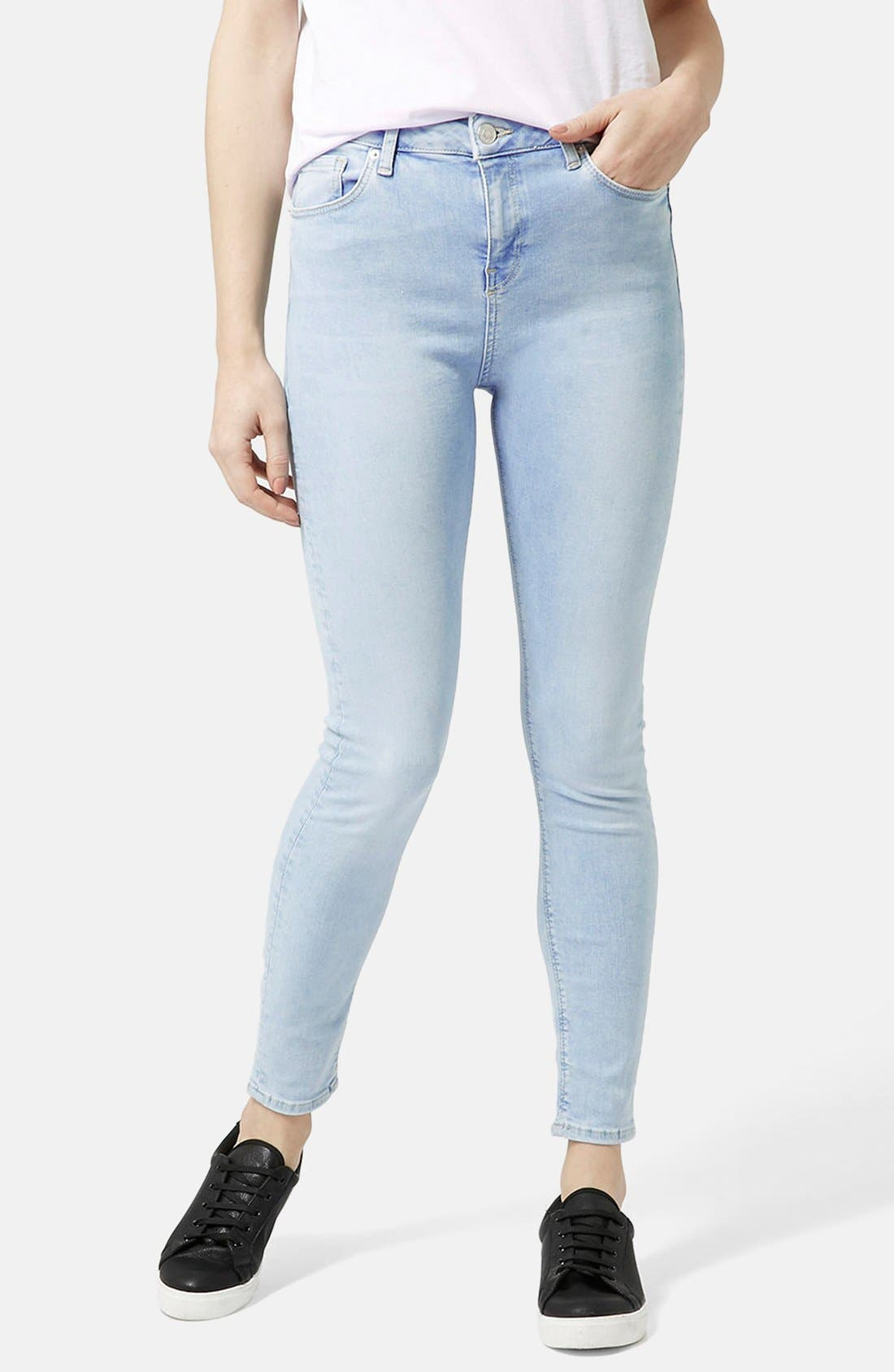 Main Image - Topshop Moto 'Jamie' Bleached Skinny Jeans (Light Denim) (Regular & Short)