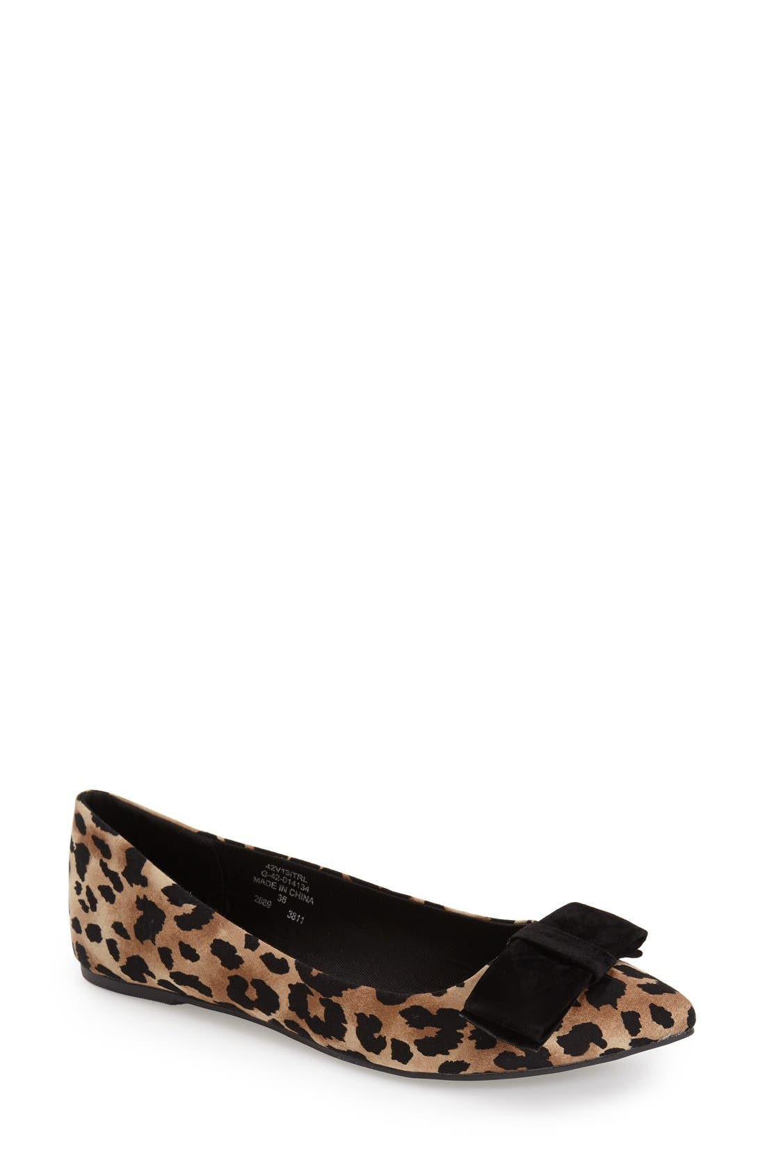 Alternate Image 1 Selected - Topshop 'Villa' Pointy Toe Flat (Women)
