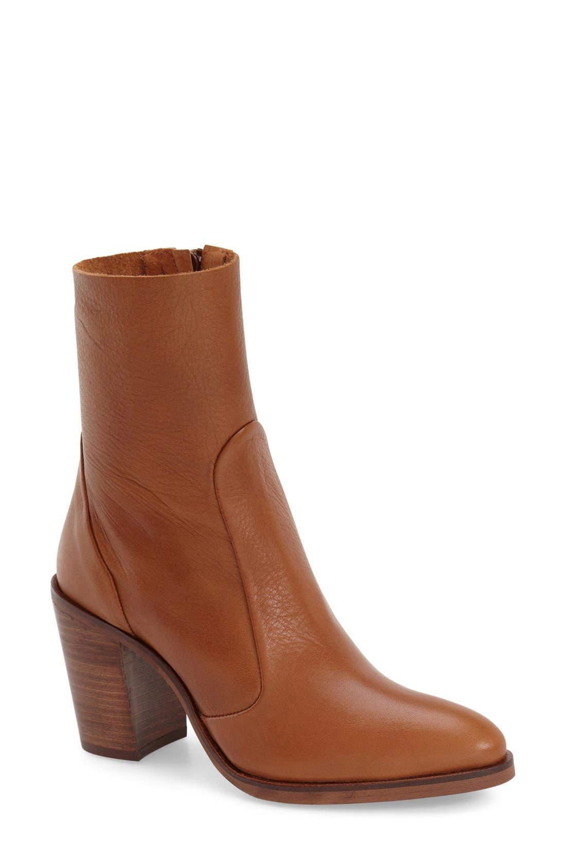 Alternate Image 1 Selected - Topshop 'Magnificent' Bootie (Women)