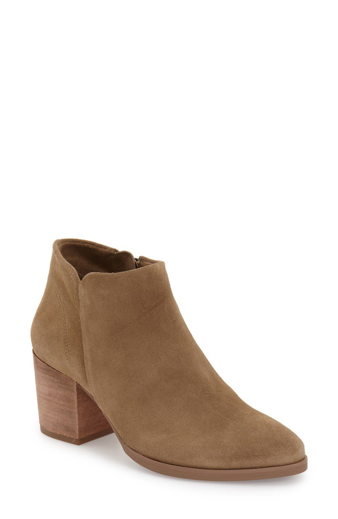 Alternate Image 1 Selected - Vince Camuto 'Malika' Bootie (Women)