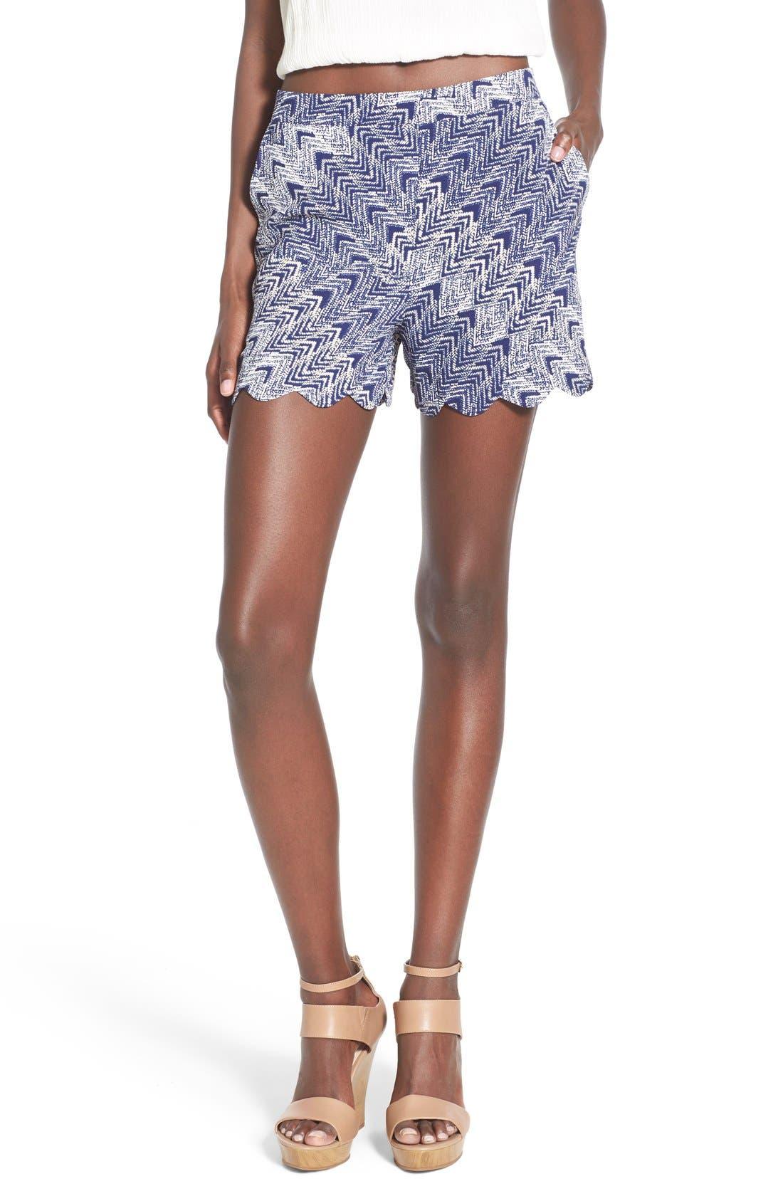 Main Image - June & Hudson Scallop Hem Crepe Shorts