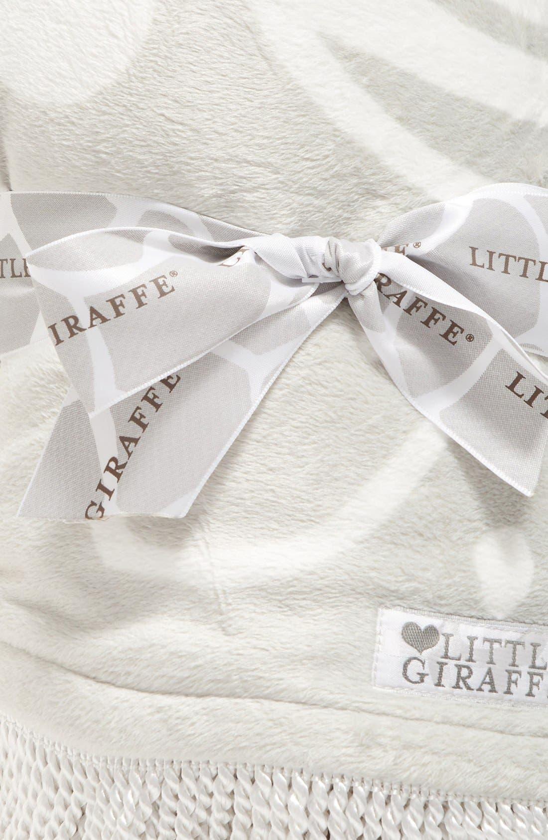 Alternate Image 3  - Little Giraffe Bliss™ Round Blanket