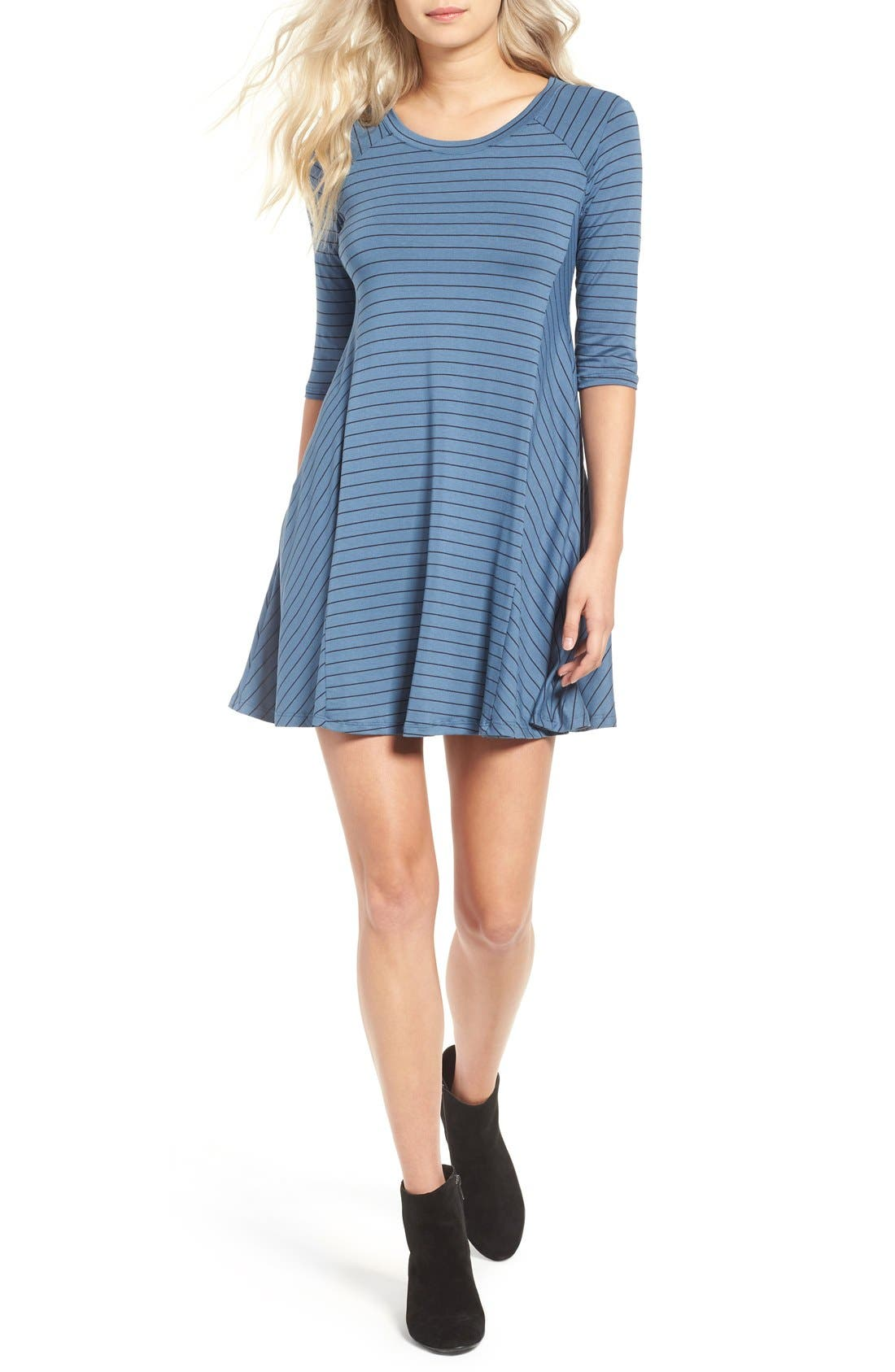Main Image - Lush Shift Dress