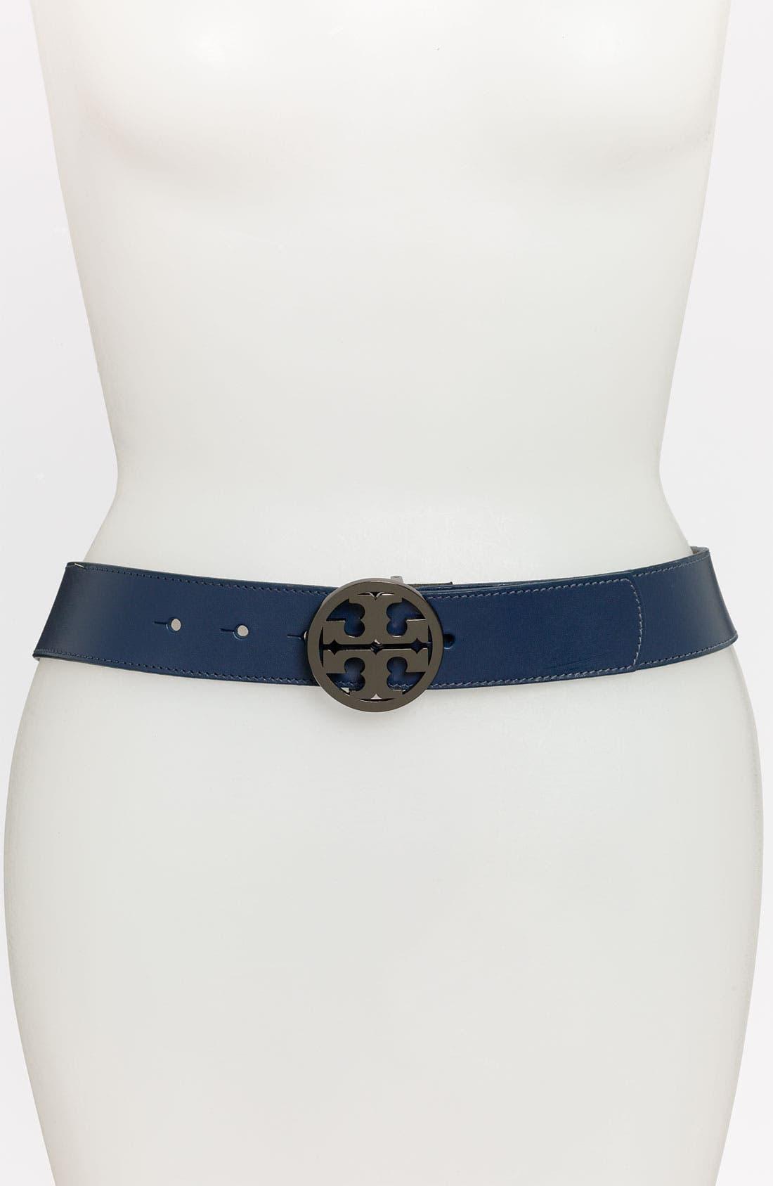 Alternate Image 1 Selected - Tory Burch 'Robinson' Logo Belt