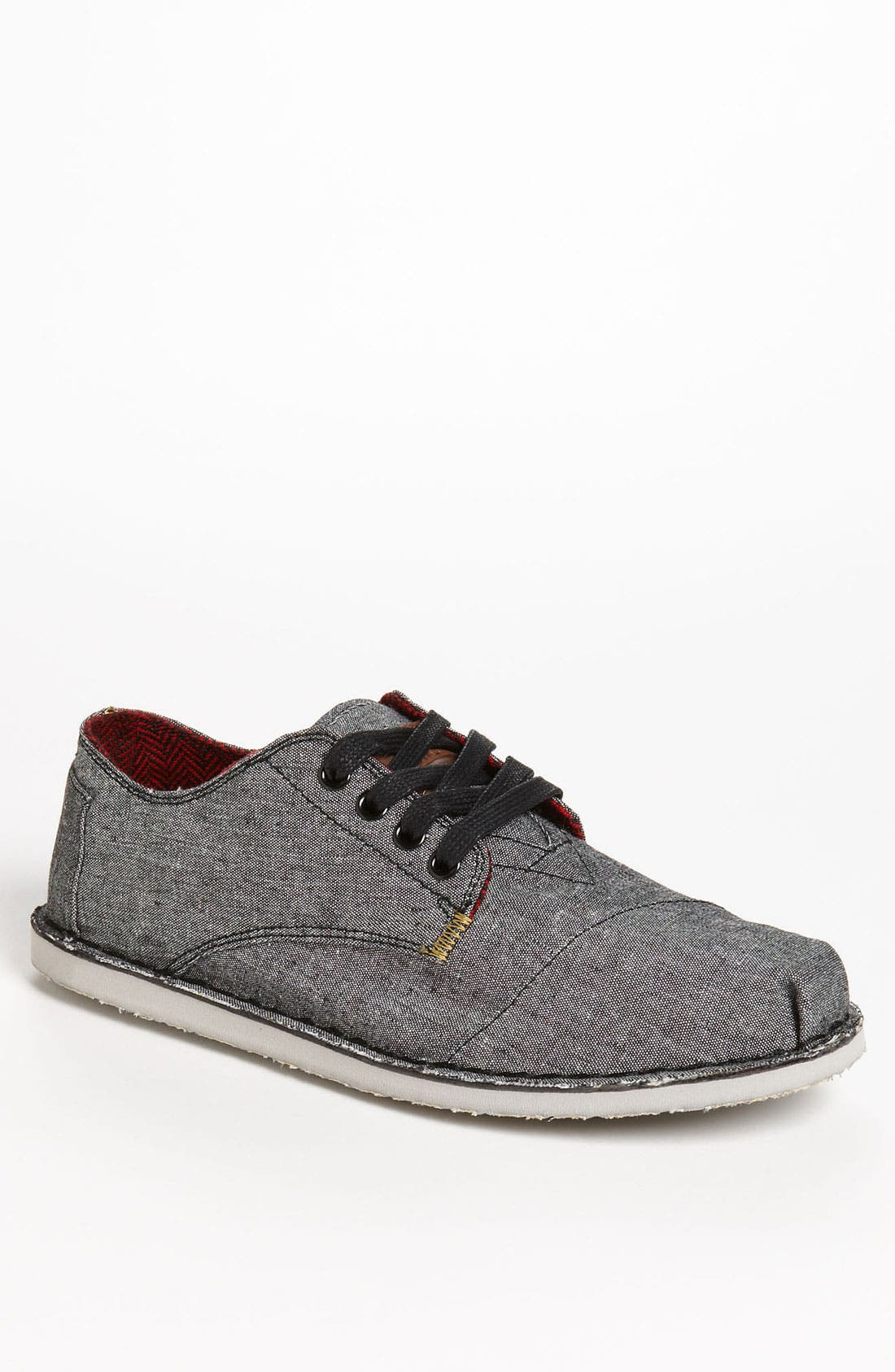 Alternate Image 1 Selected - TOMS 'Desert' Chambray Oxford (Men)