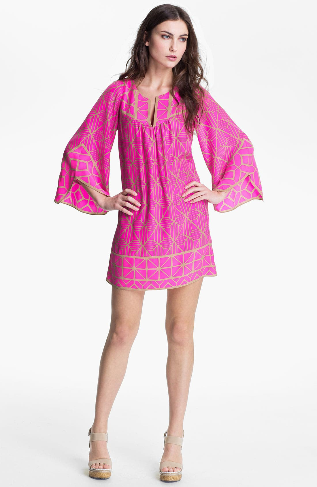 Main Image - ALICE & TRIXIE 'Jillian' Bell Sleeve Silk Tunic Dress