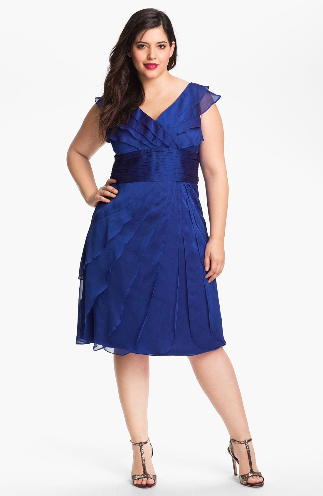 Main Image - Adrianna Papell Chiffon Petal Gown (Plus Size)