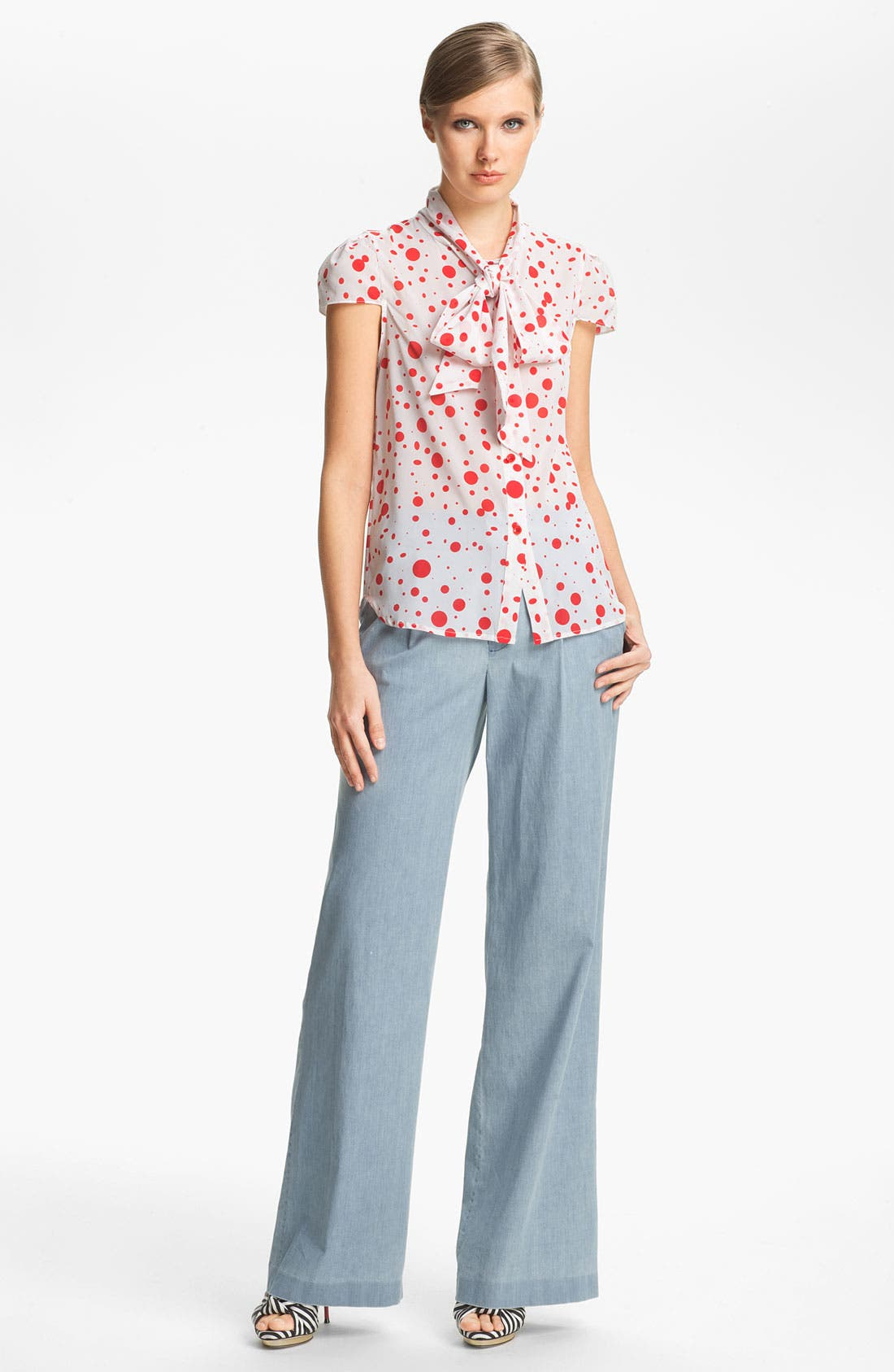 Alternate Image 3  - Alice + Olivia 'Eric' Wide Leg Chambray Denim Pants