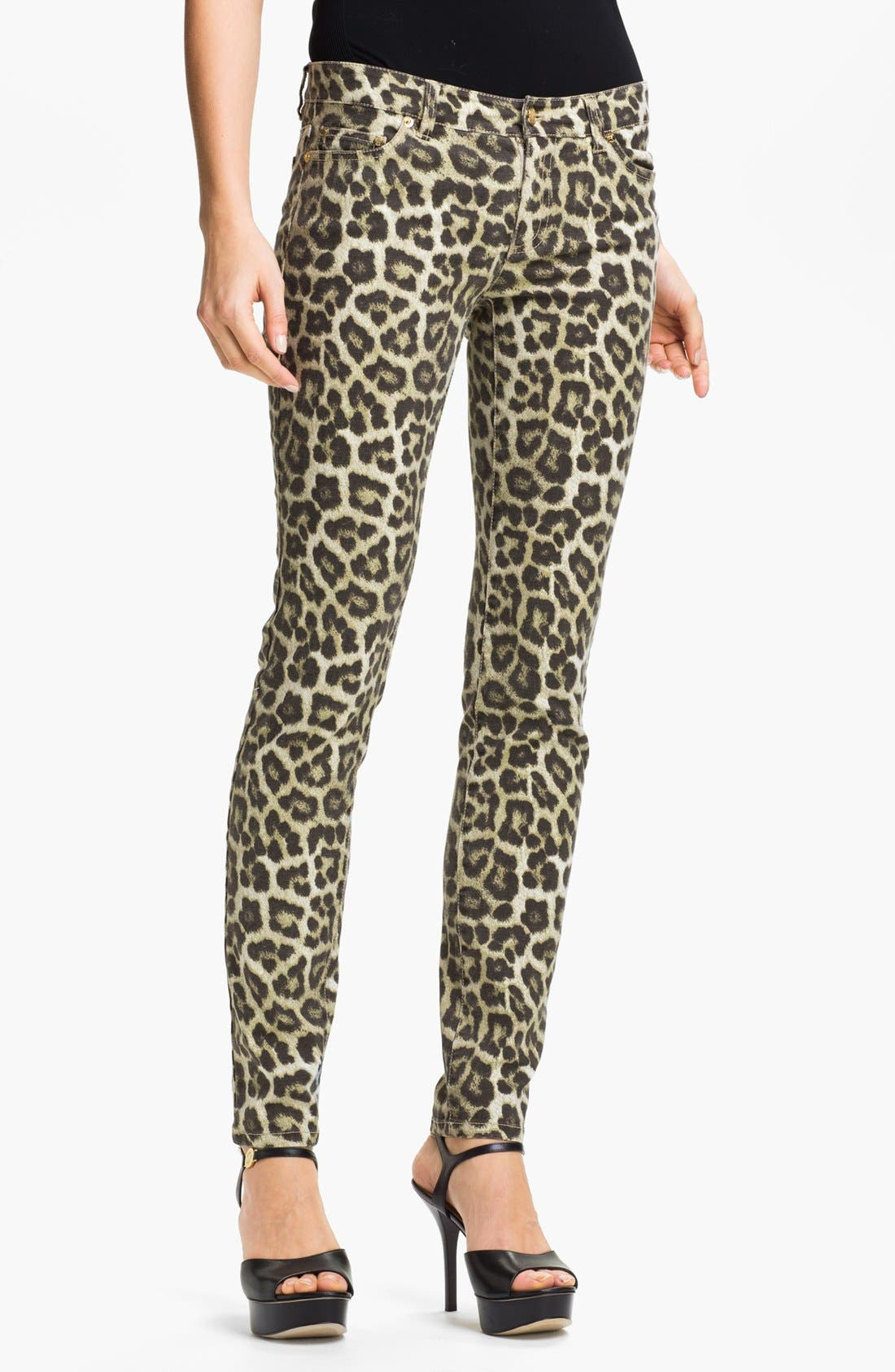 Main Image - MICHAEL Michael Kors 'Savannah' Leopard Print Skinny Jeans (Petite)