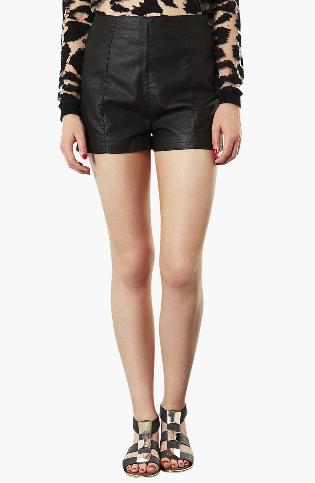 Main Image - Topshop 'Lola' High Waist Faux Leather Shorts