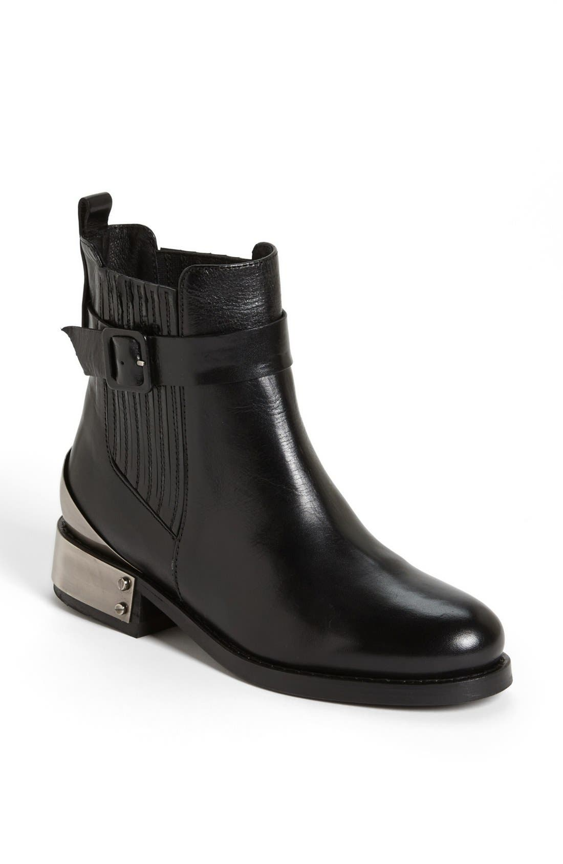 Alternate Image 1 Selected - Topshop 'Pago' Boot