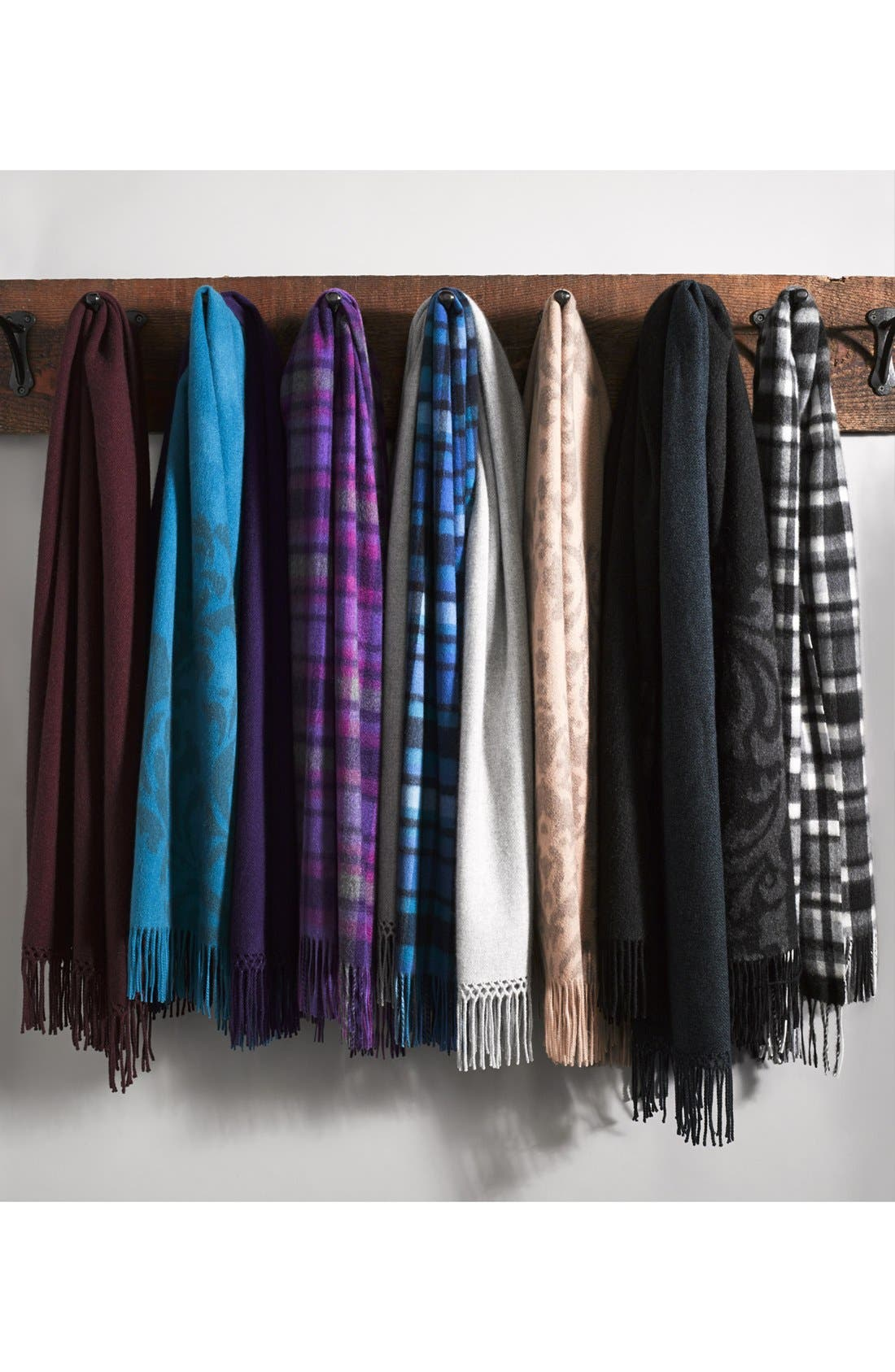 Alternate Image 3  - Nordstrom 'Scroll' Woven Cashmere Wrap