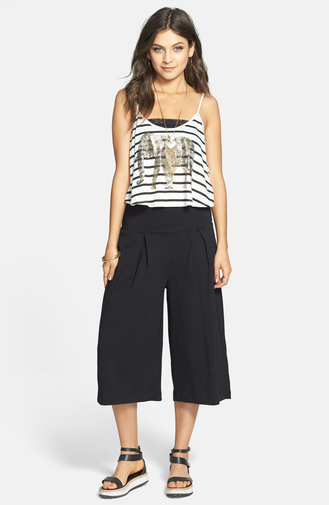 Alternate Image 1 Selected - Lily White Pleat Gaucho Pants (Juniors) (Online Only)