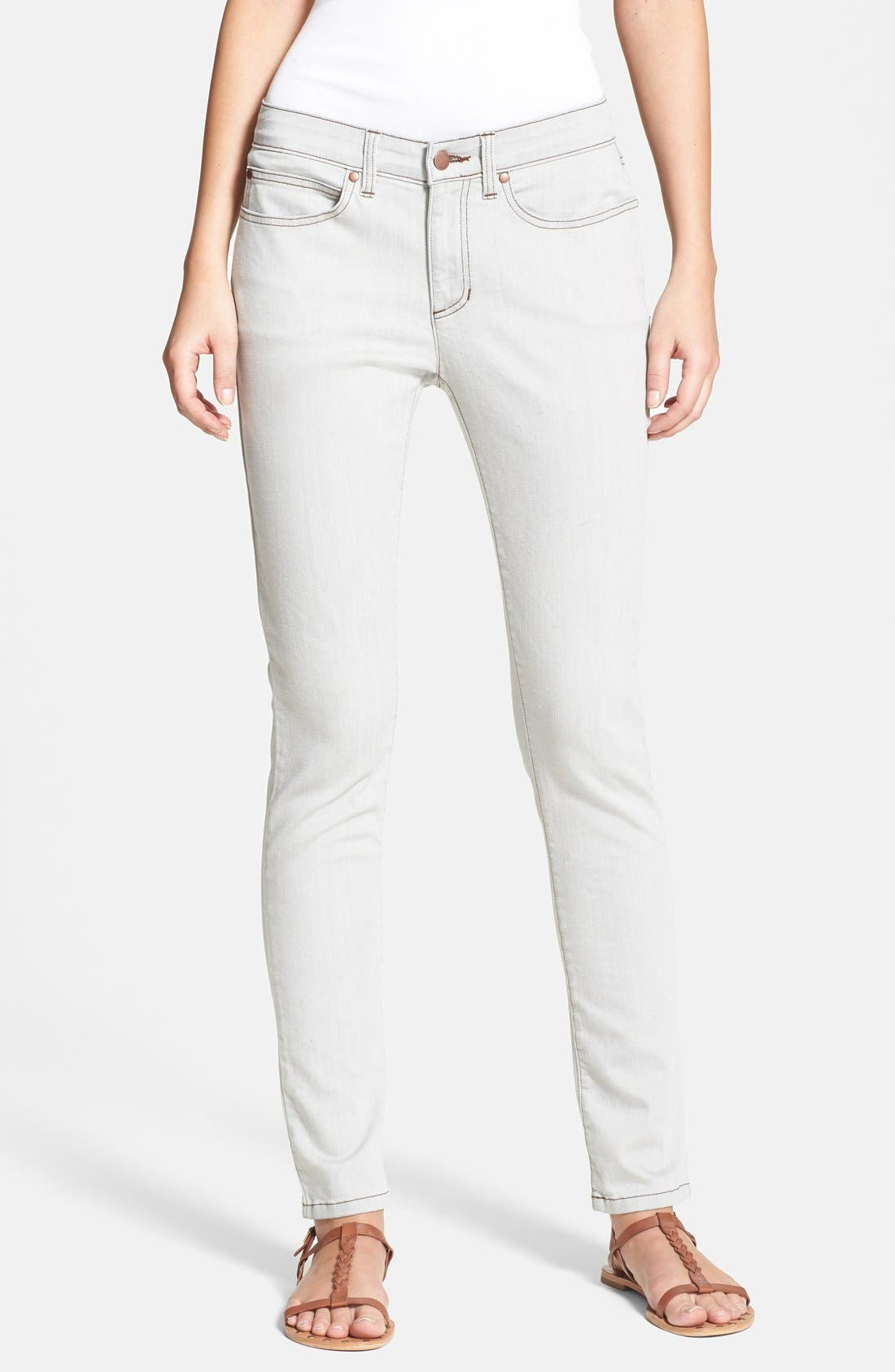 Main Image - Eileen Fisher Skinny Jeans (Sunbleached Grey) (Regular & Petite)