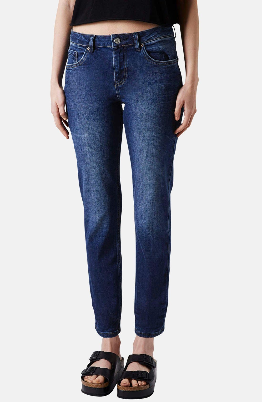Main Image - Topshop Moto Relaxed Straight Leg Jeans (Blue)
