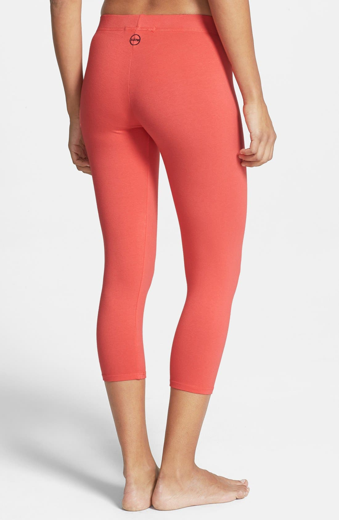 Alternate Image 2  - Solow Crop Leggings