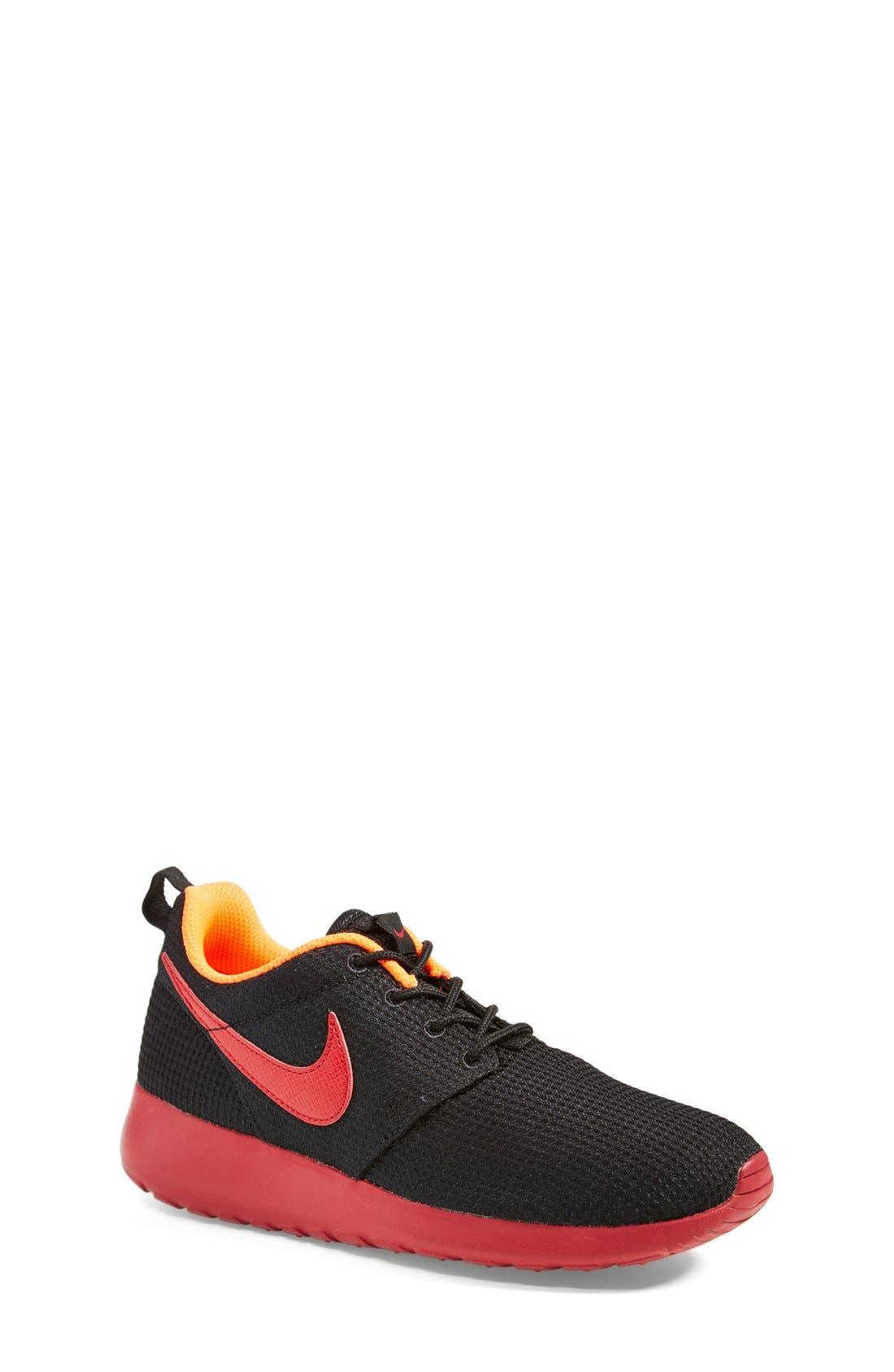 Alternate Image 1 Selected - Nike 'Roshe Run' Sneaker (Big Kid)