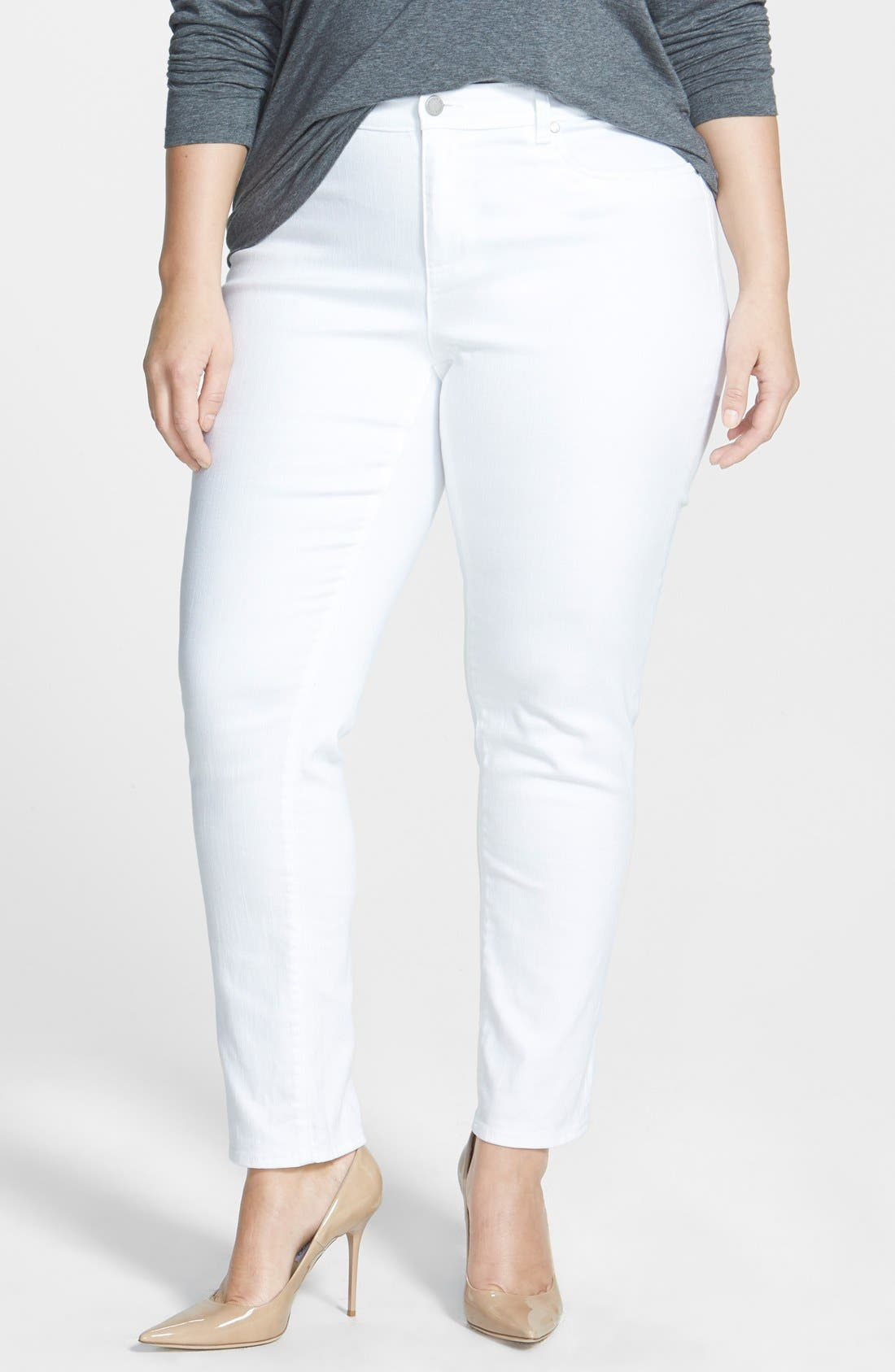 Main Image - Two by Vince Camuto Skinny Jeans (White) (Plus Size)