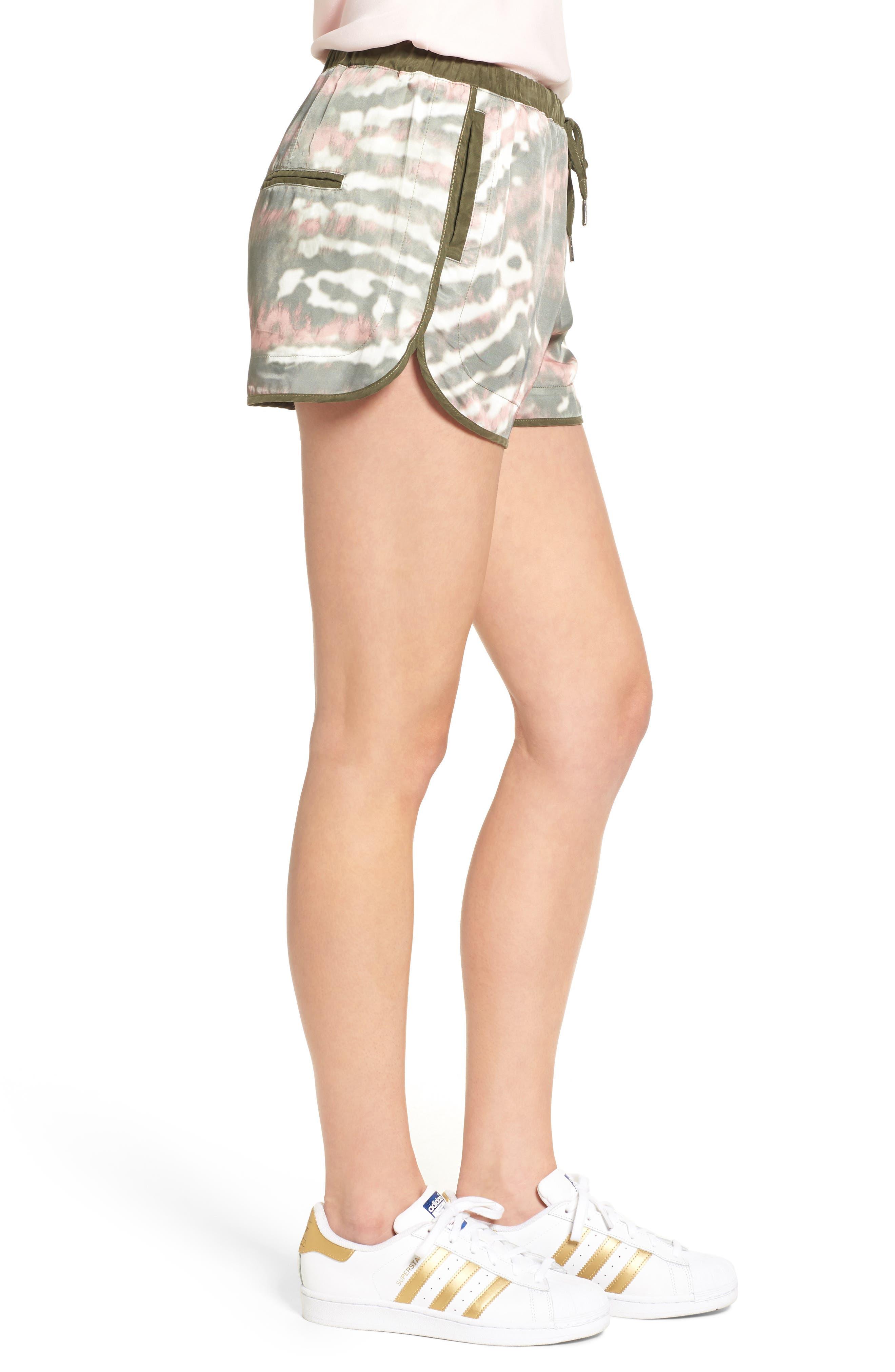 Alternate Image 3  - BLANKNYC Tie Dye Drawstring Shorts
