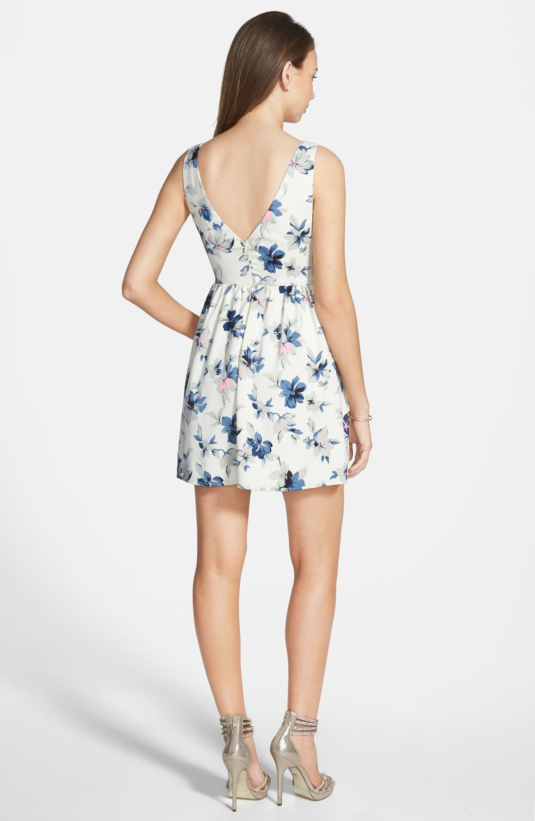Alternate Image 2  - En Crème Floral Print Fit & Flare Dress (Juniors)