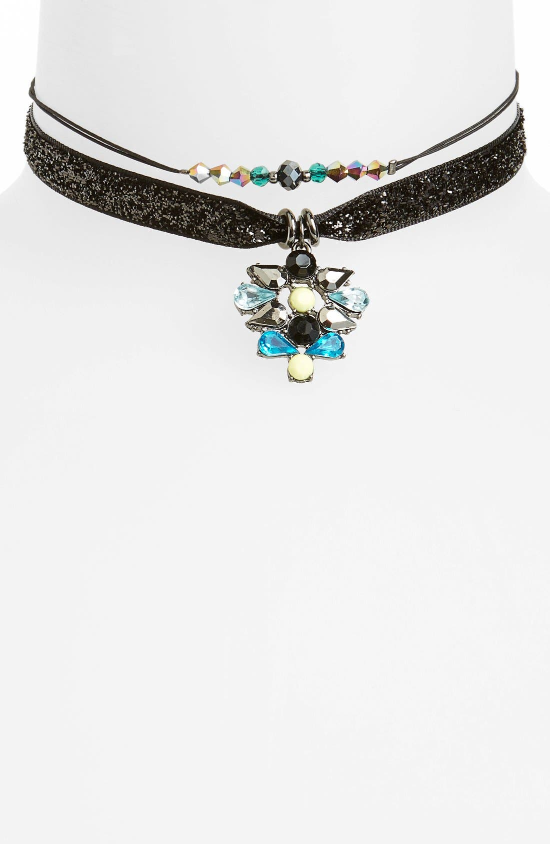Main Image - Topshop Rhinestone Choker (Set of 2)