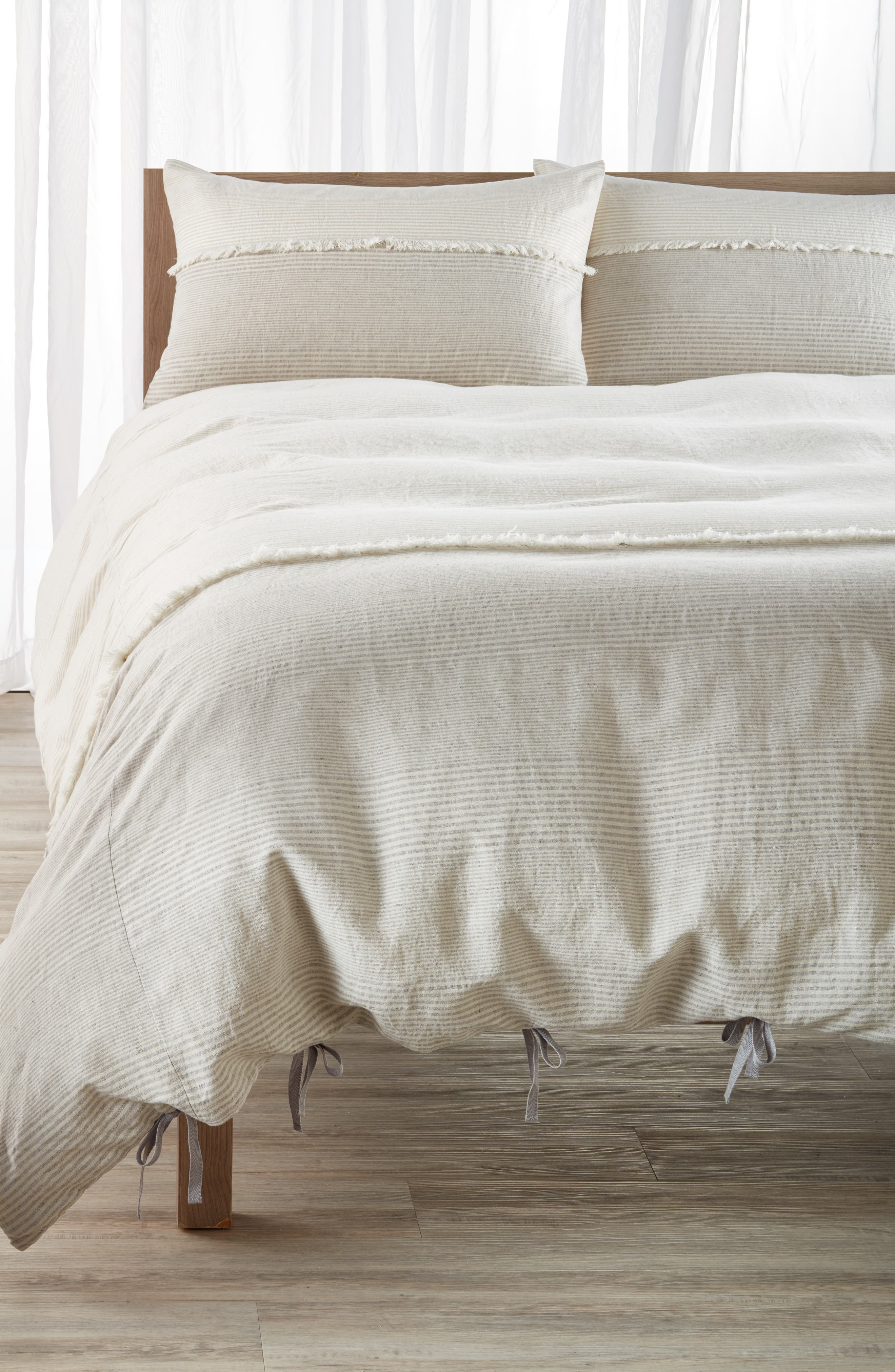 Nordstrom at Home Willa Linen & Cotton Duvet Cover