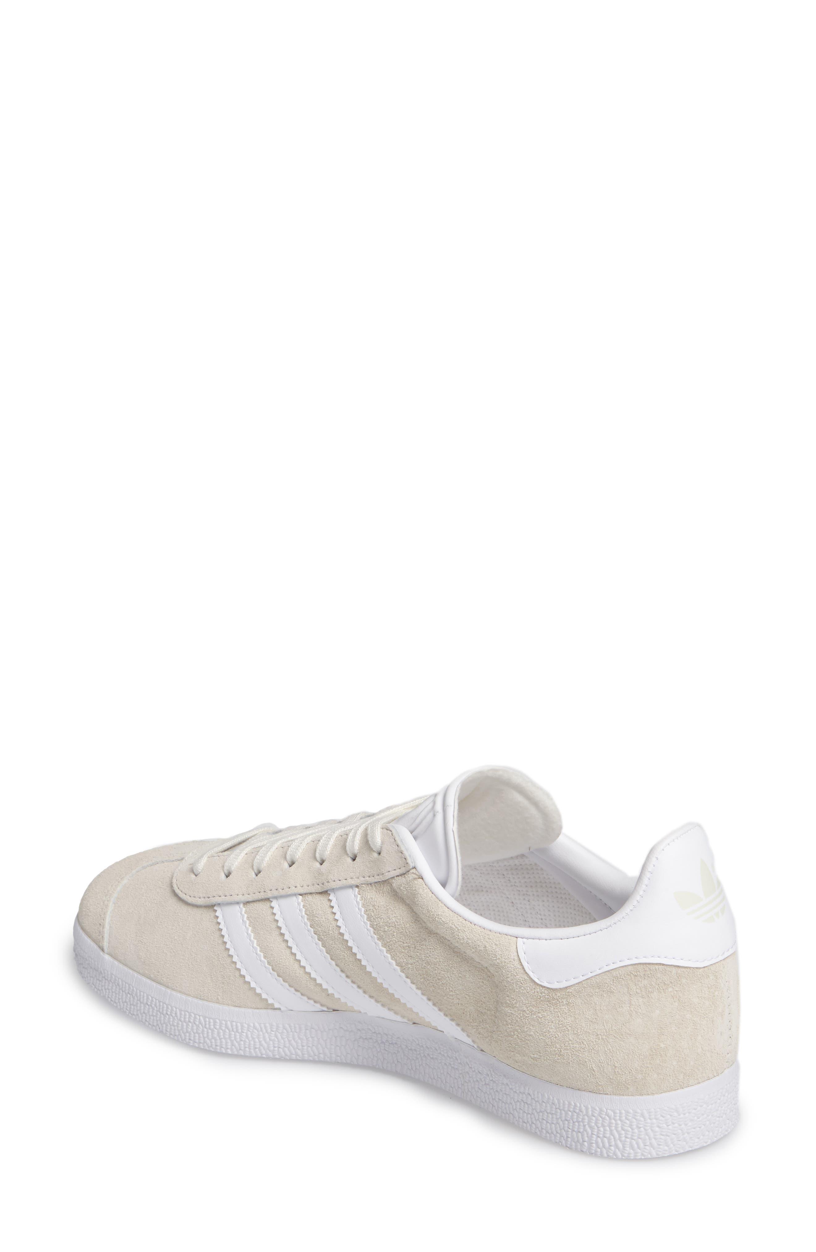 Alternate Image 2  - adidas Gazelle Sneaker