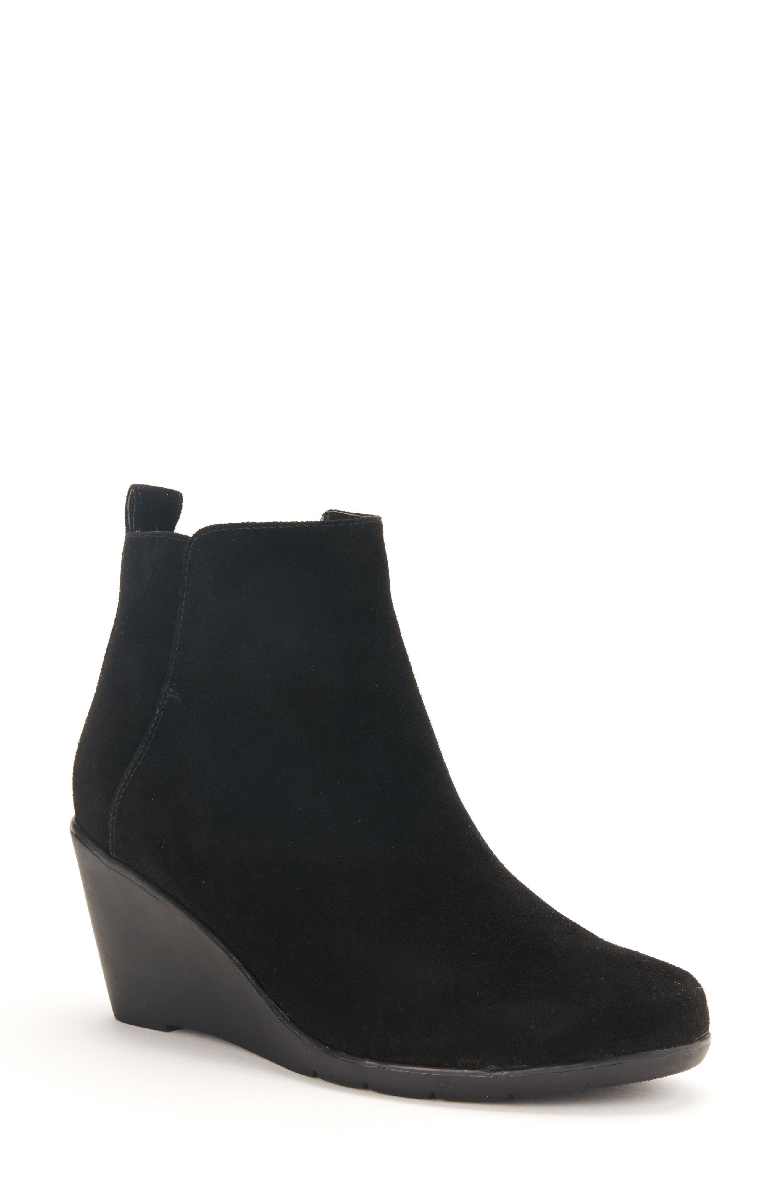 Blondo Vor Waterproof Bootie (Women)