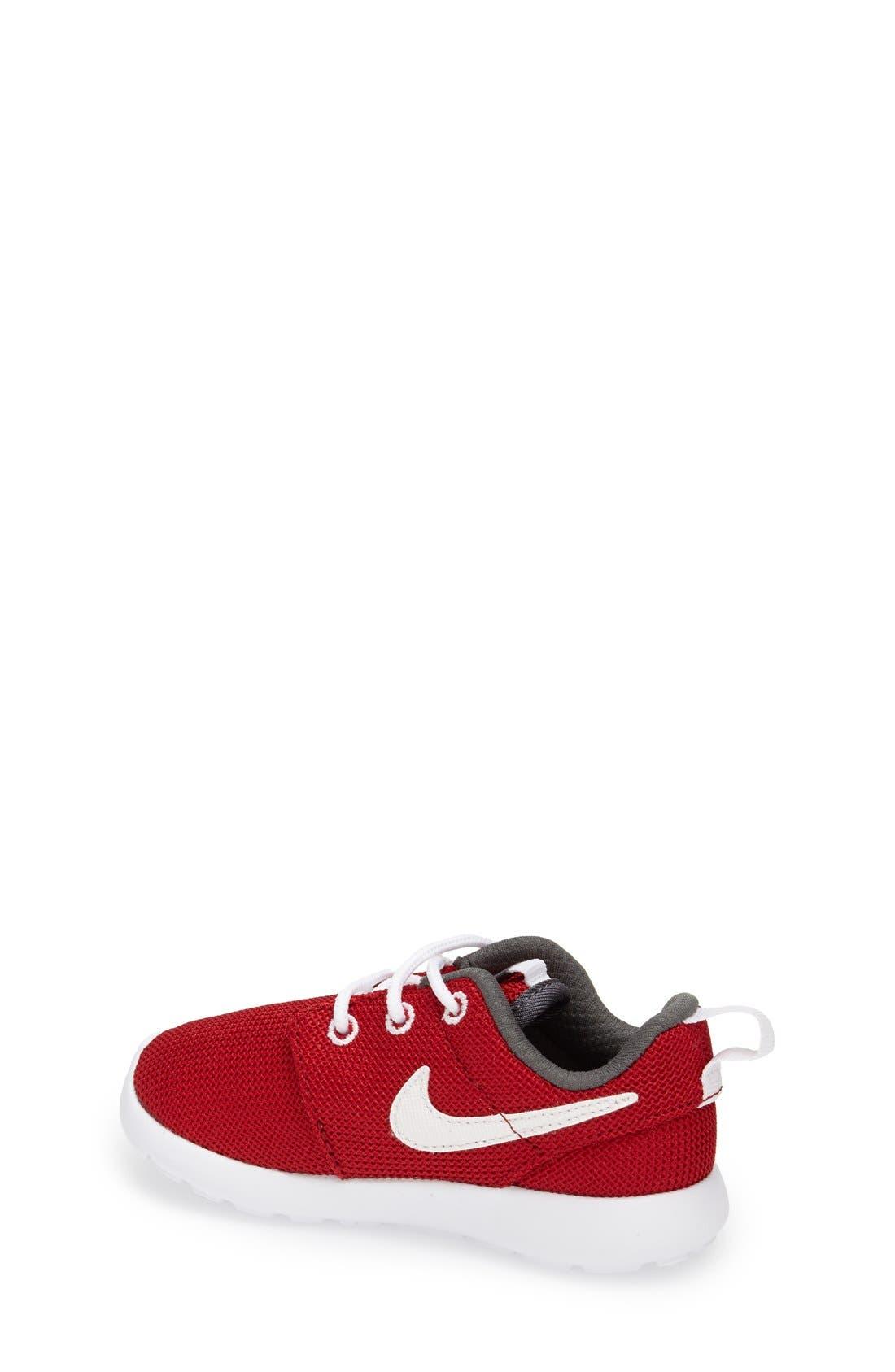 Alternate Image 2  - Nike 'Roshe Run' Sneaker (Walker, Toddler & Little Kid)
