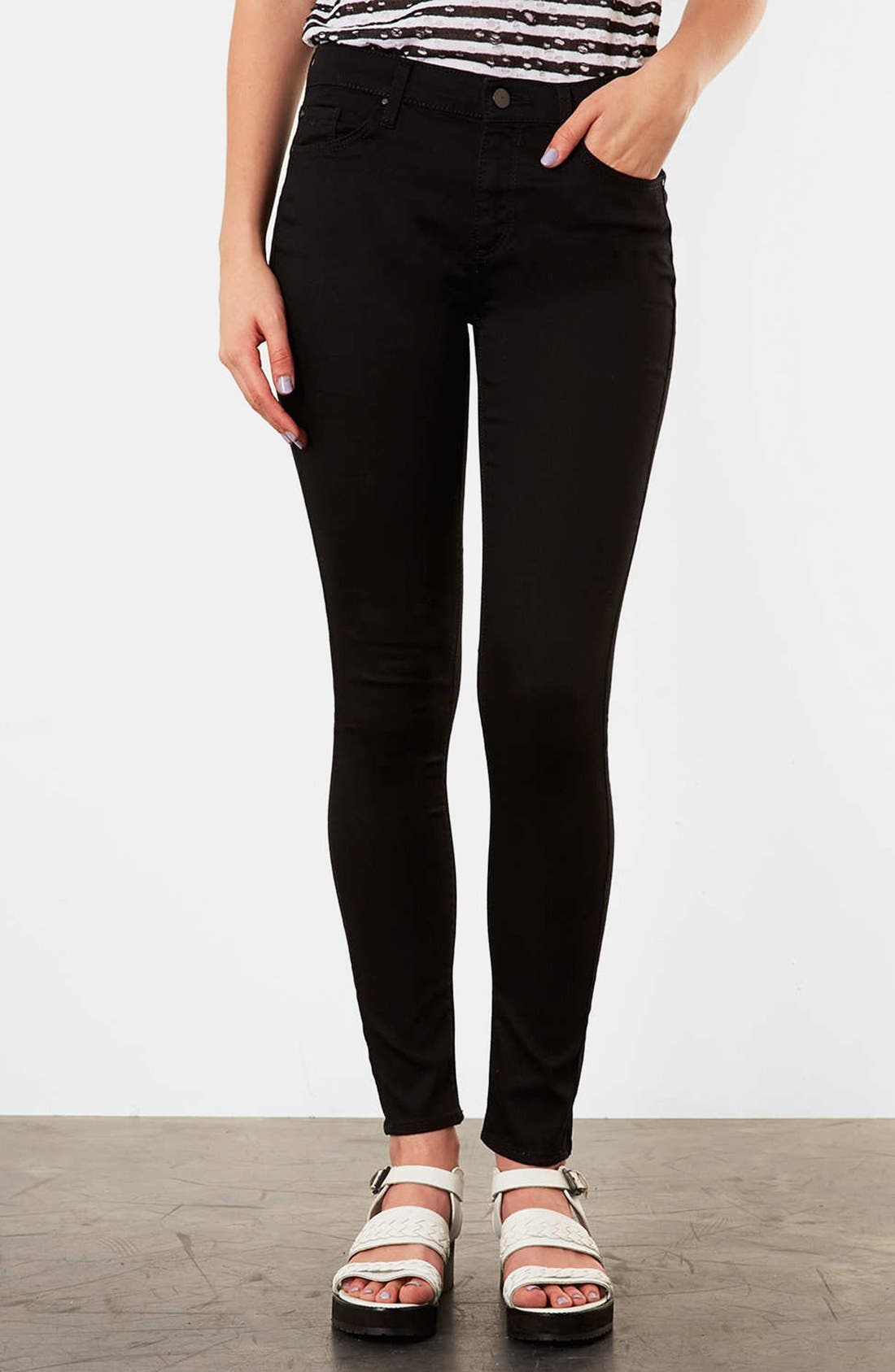 Alternate Image 1 Selected - Topshop Moto 'Leigh' Skinny Jeans (Petite)
