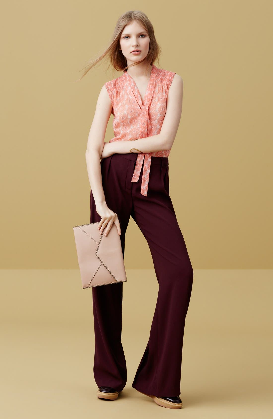 Alternate Image 5  - Chelsea28 Pleated Wide Leg Pants