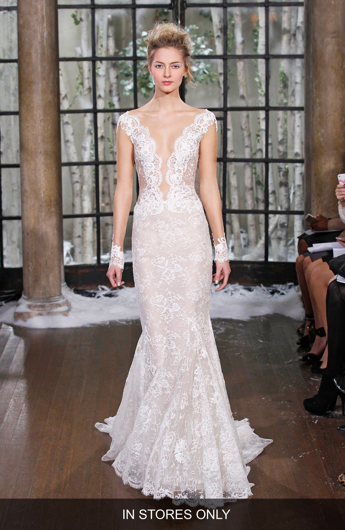 INES DI SANTO 'Madrid' Chantilly Lace Trumpet Gown