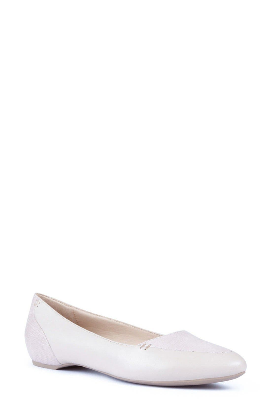 GEOX 'Leslie 21' Pointy Toe Ballet Flat