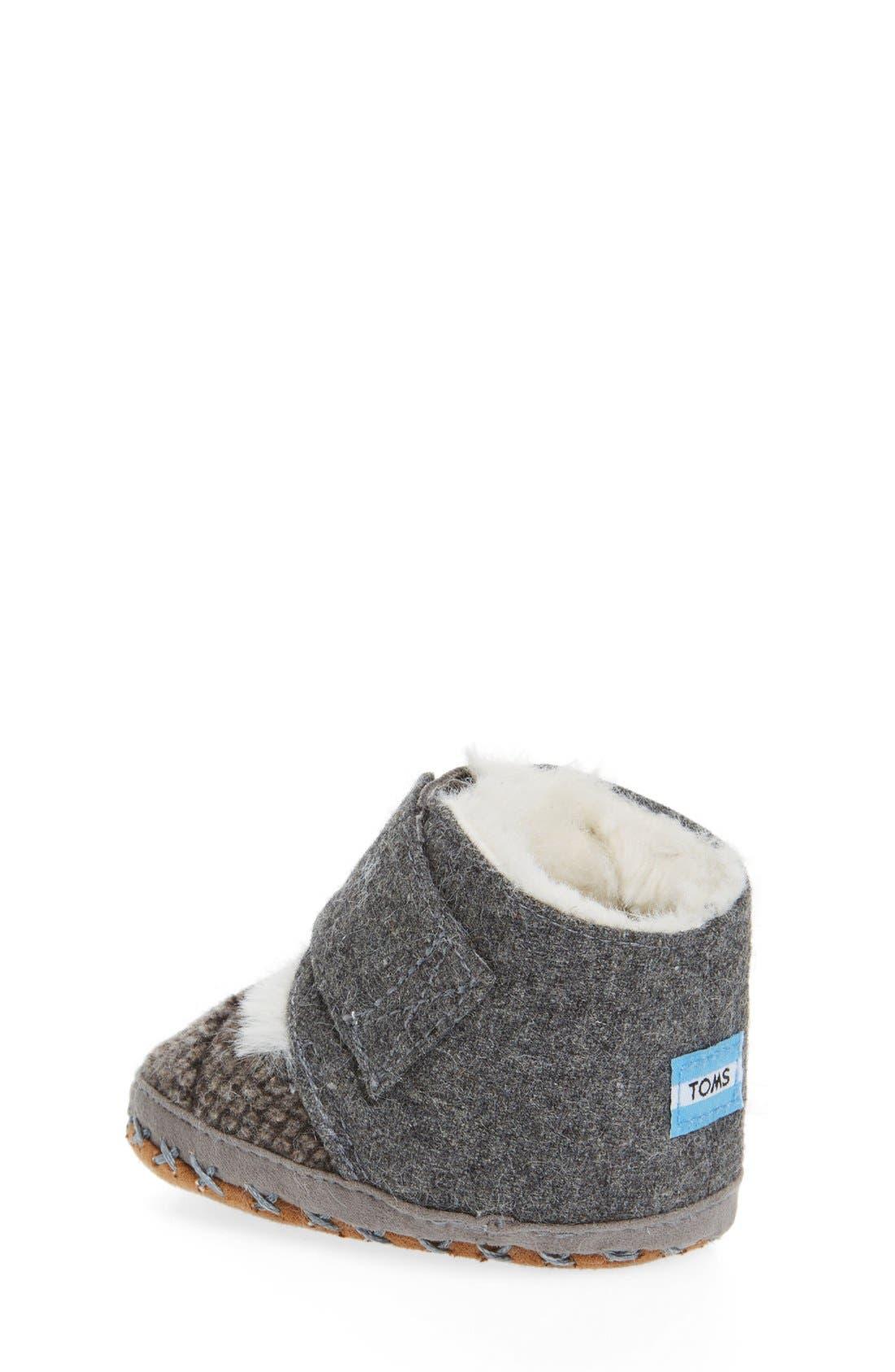 Alternate Image 2  - TOMS Cuna Crib Shoe (Baby)