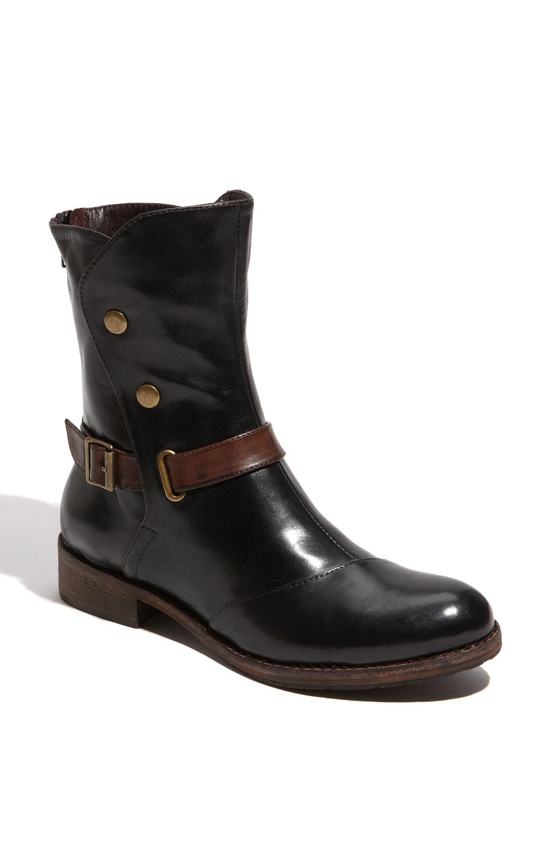 Alternate Image 1 Selected - Everybody 'Patto' Short Boot