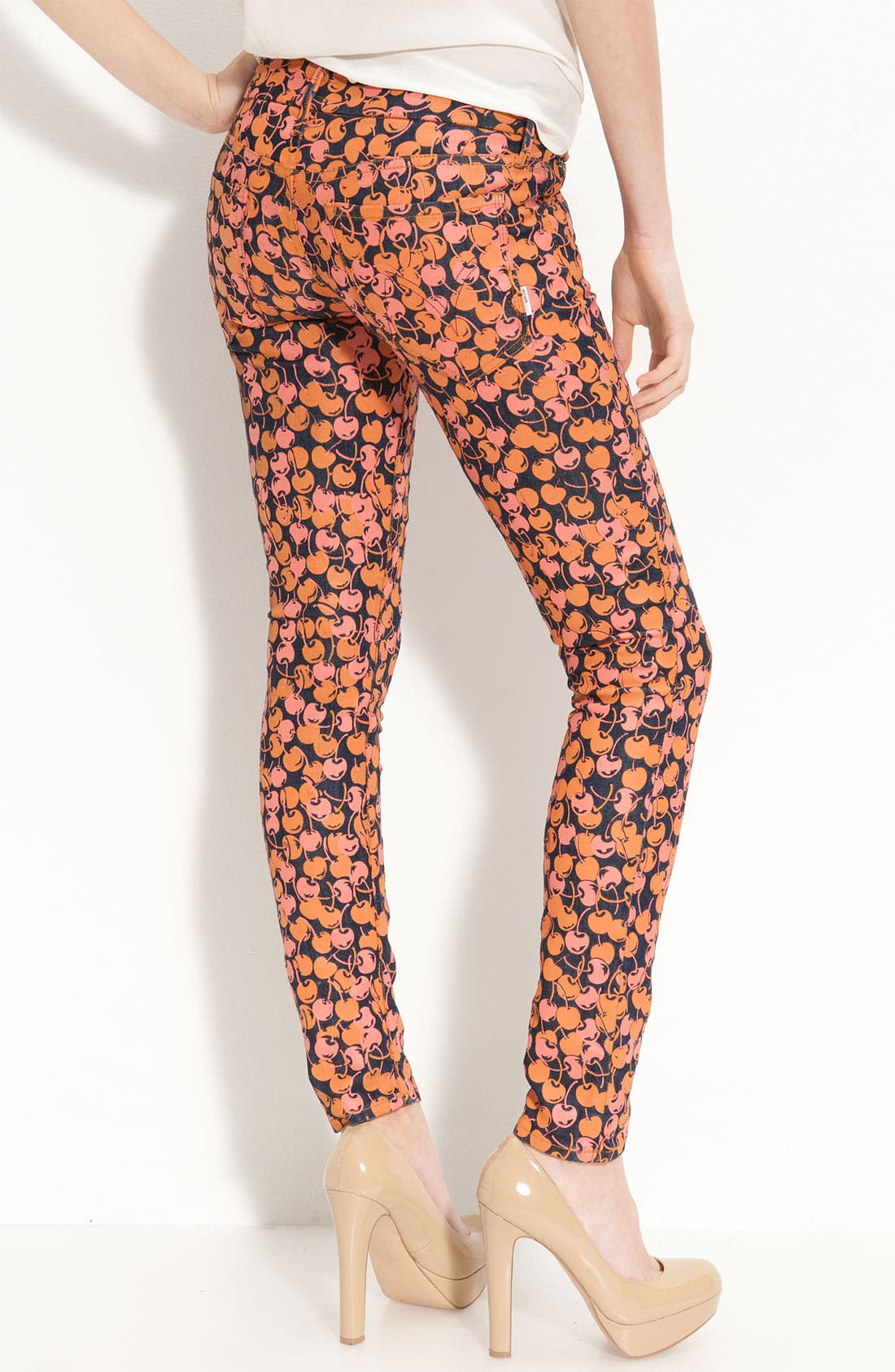 Main Image - MOTHER 'The Looker' Print Skinny Jeans (Cherry Picking)