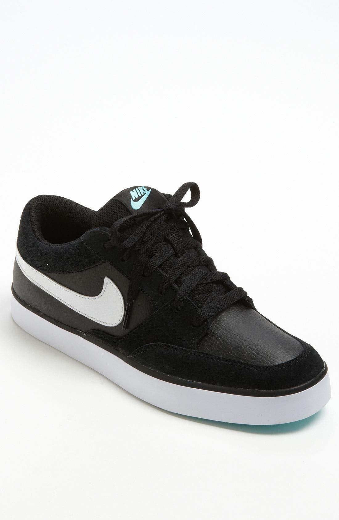 Alternate Image 1 Selected - Nike 'Avid' Sneaker (Men)