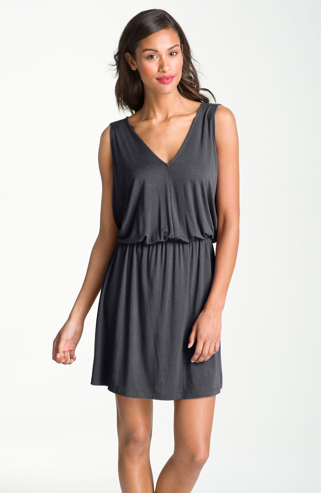 Alternate Image 1 Selected - Caslon® V-Neck Print Knit Dress