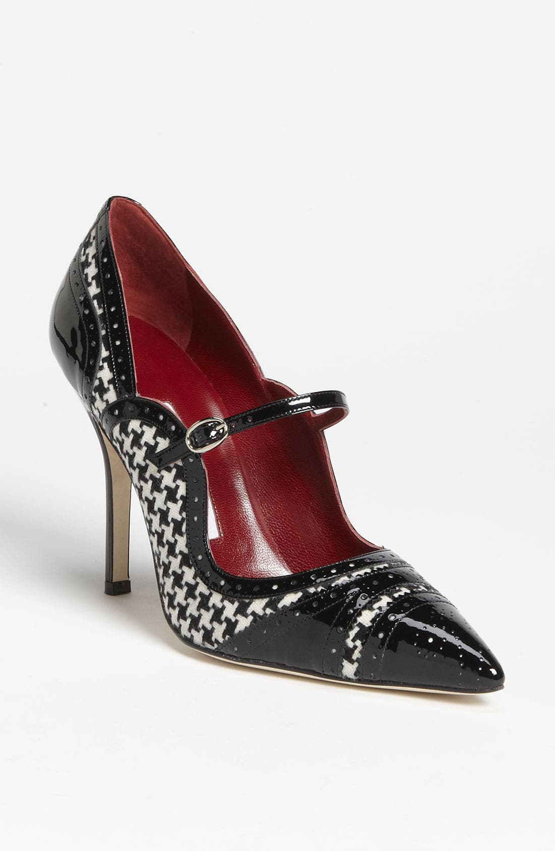 Alternate Image 1 Selected - Manolo Blahnik 'Estipula' Pump