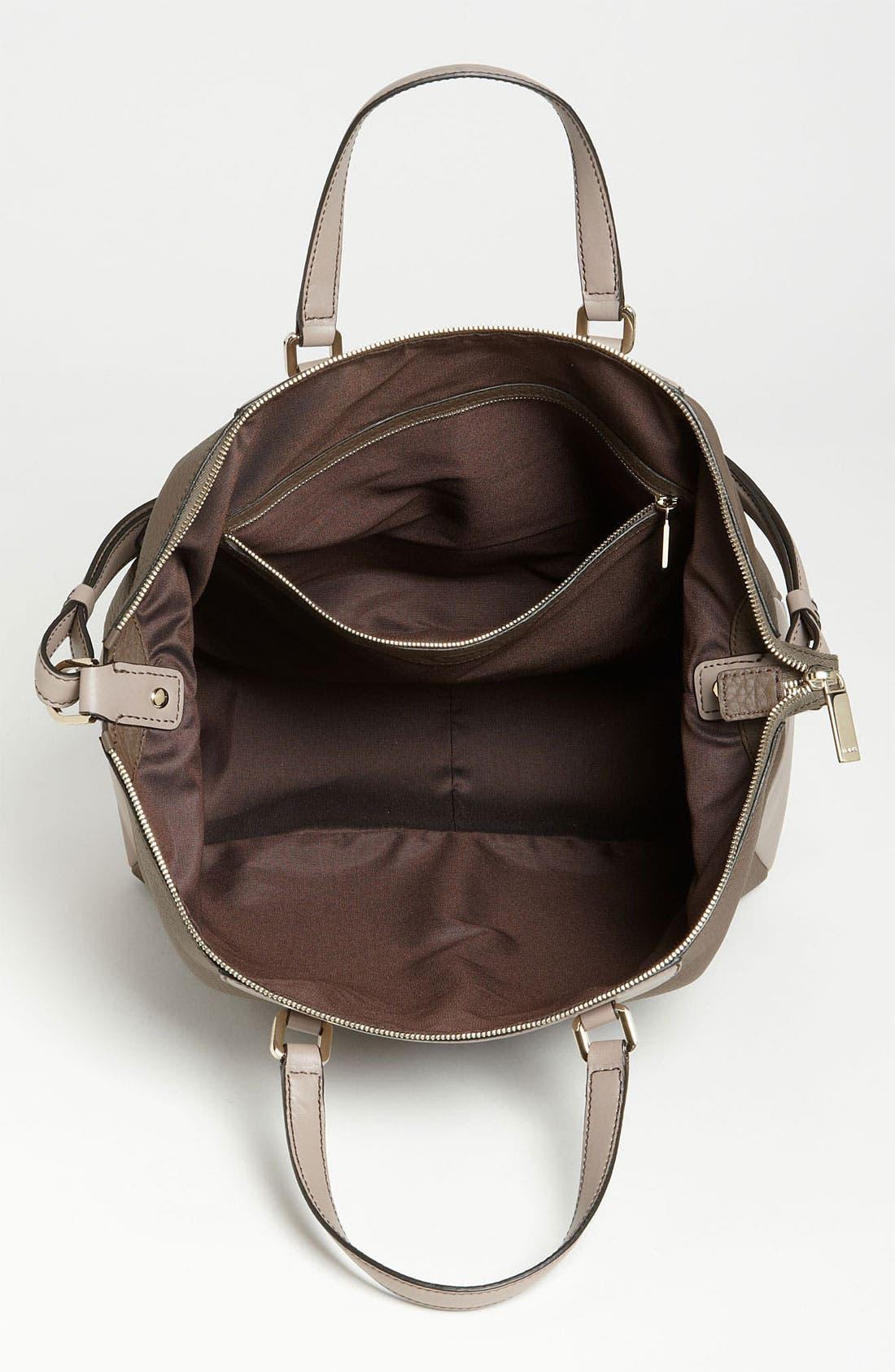 Alternate Image 3  - Tod's 'Classic - Medium' Leather Tote