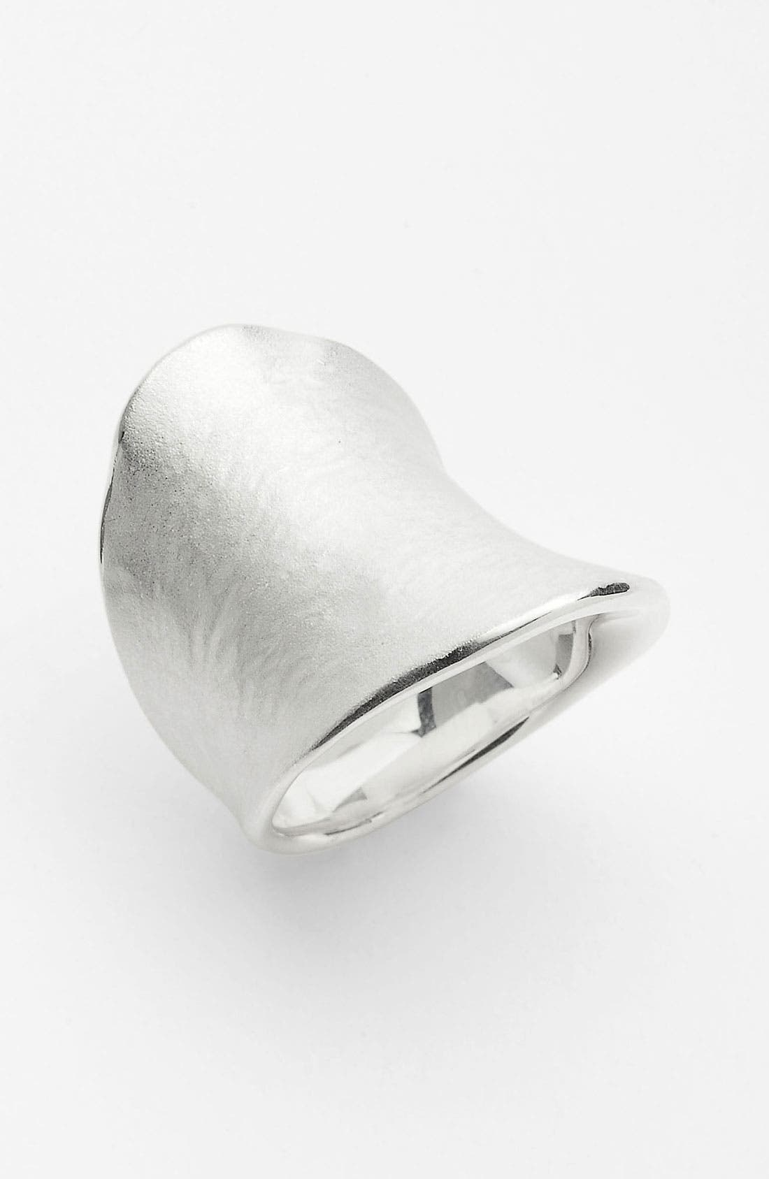 Alternate Image 1 Selected - Ippolita 'Venezia Links' Matte Saddle Ring
