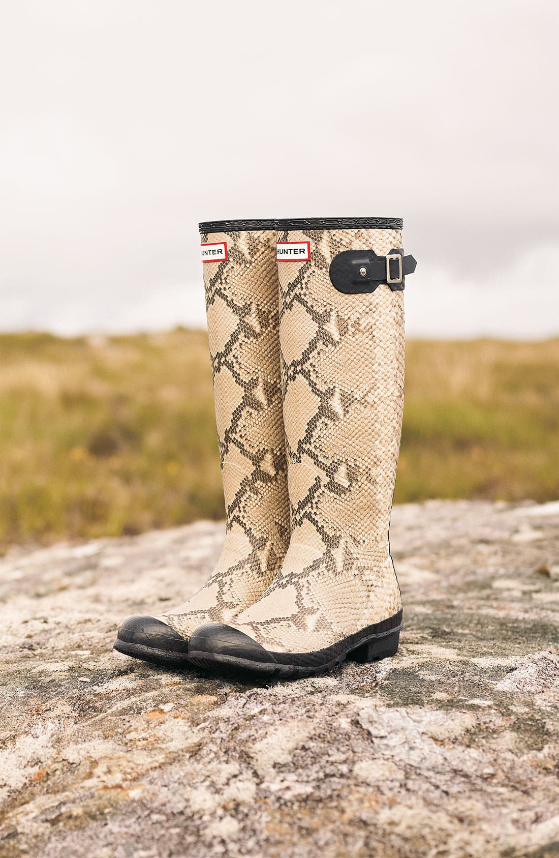 Alternate Image 5  - Hunter 'Carnaby' Rain Boot (Women)