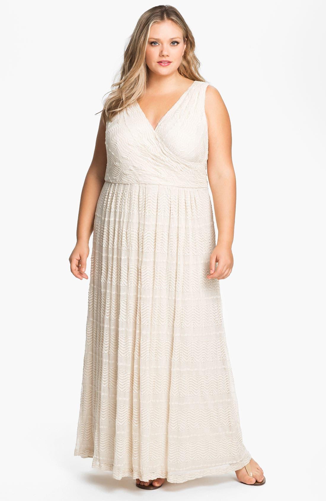 Main Image - Donna Ricco Surplice Maxi Dress (Plus)