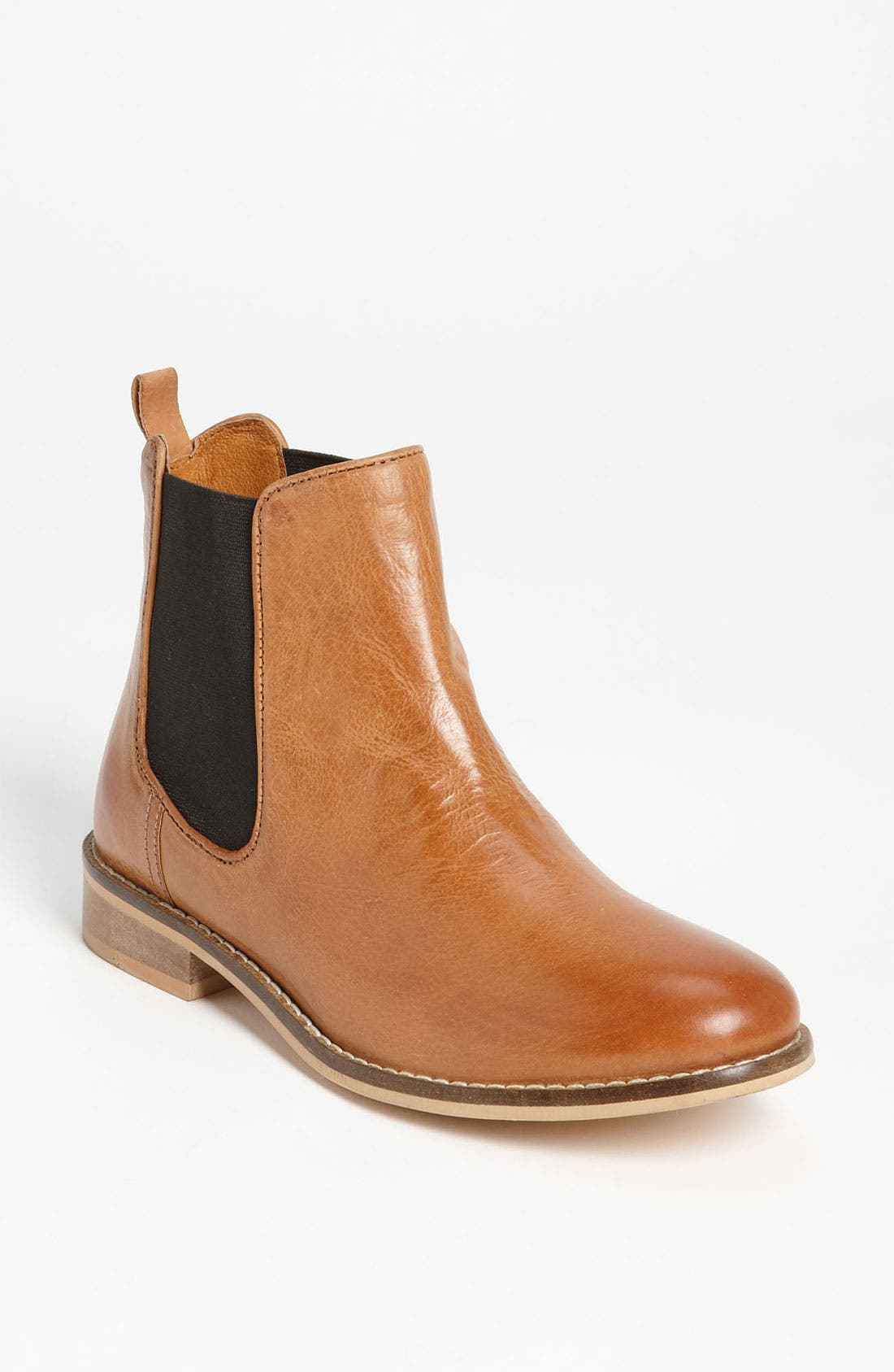 Alternate Image 1 Selected - Topshop 'April' Chelsea Boot