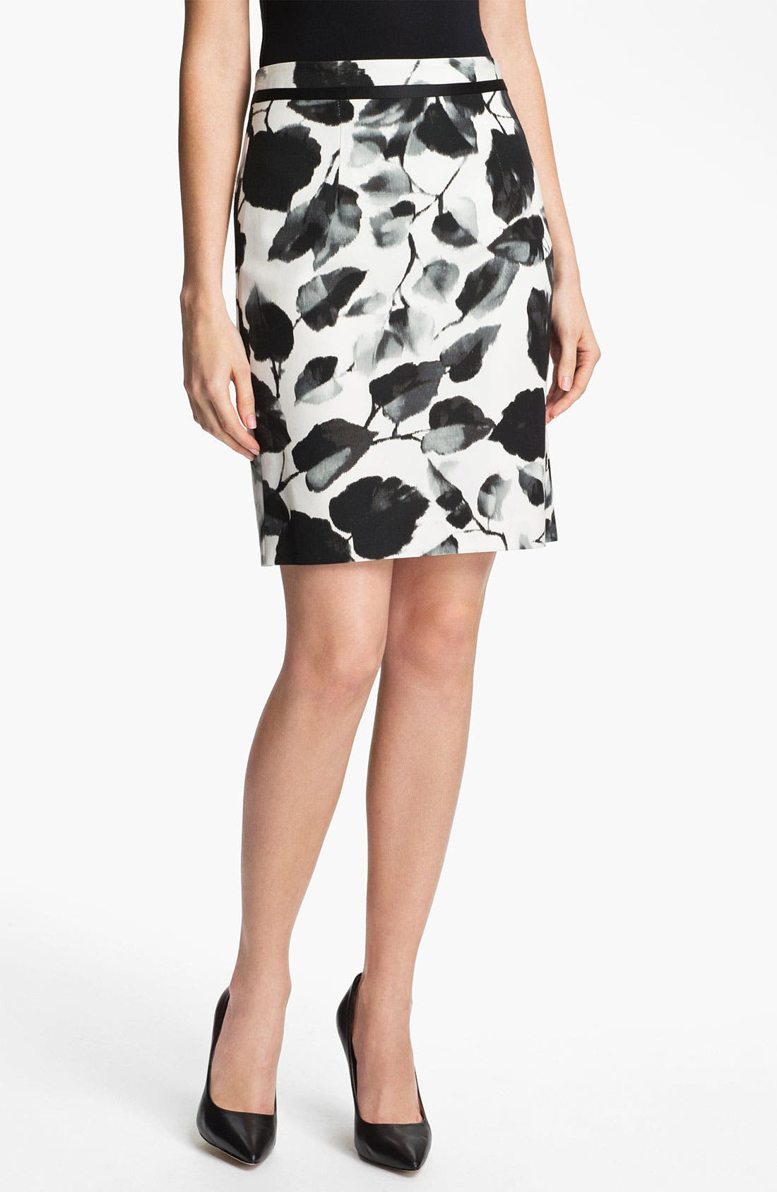Main Image - Milly Print Pencil Skirt