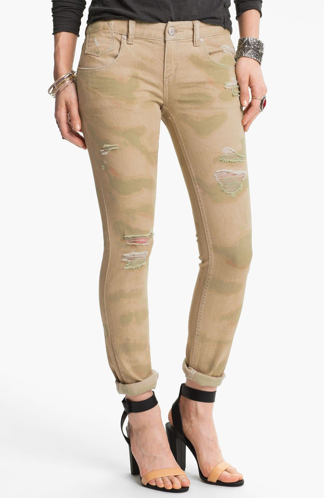 Main Image - Free People Print Destroyed Skinny Jeans (Castro)