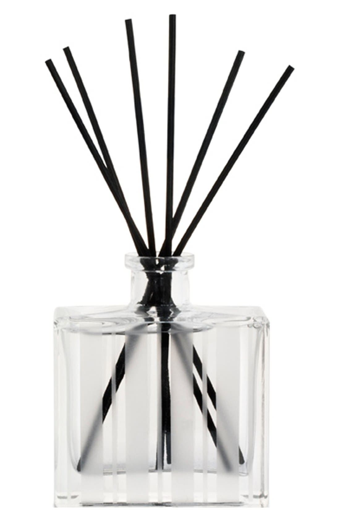 Alternate Image 2  - NEST Fragrances 'Moss & Mint' Reed Diffuser